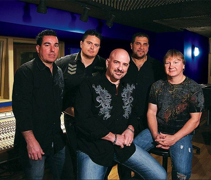 Visitors to Geneva Commons can groove to the classic rock sounds of Hi Infidelity on Sunday, June 23, at the mall's outdoor concert series.