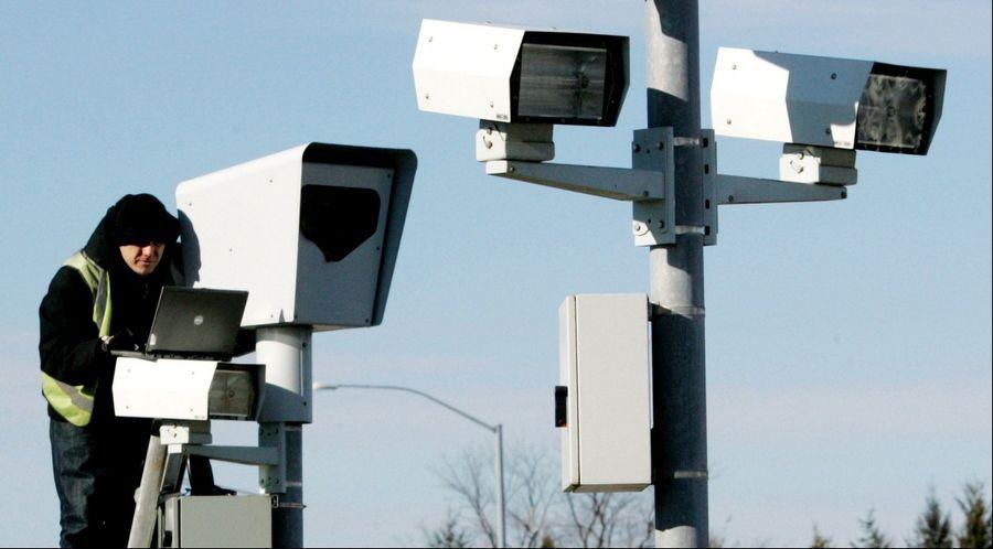 Gurnee wants deadbeats to pay $1 5 milllion in red-light