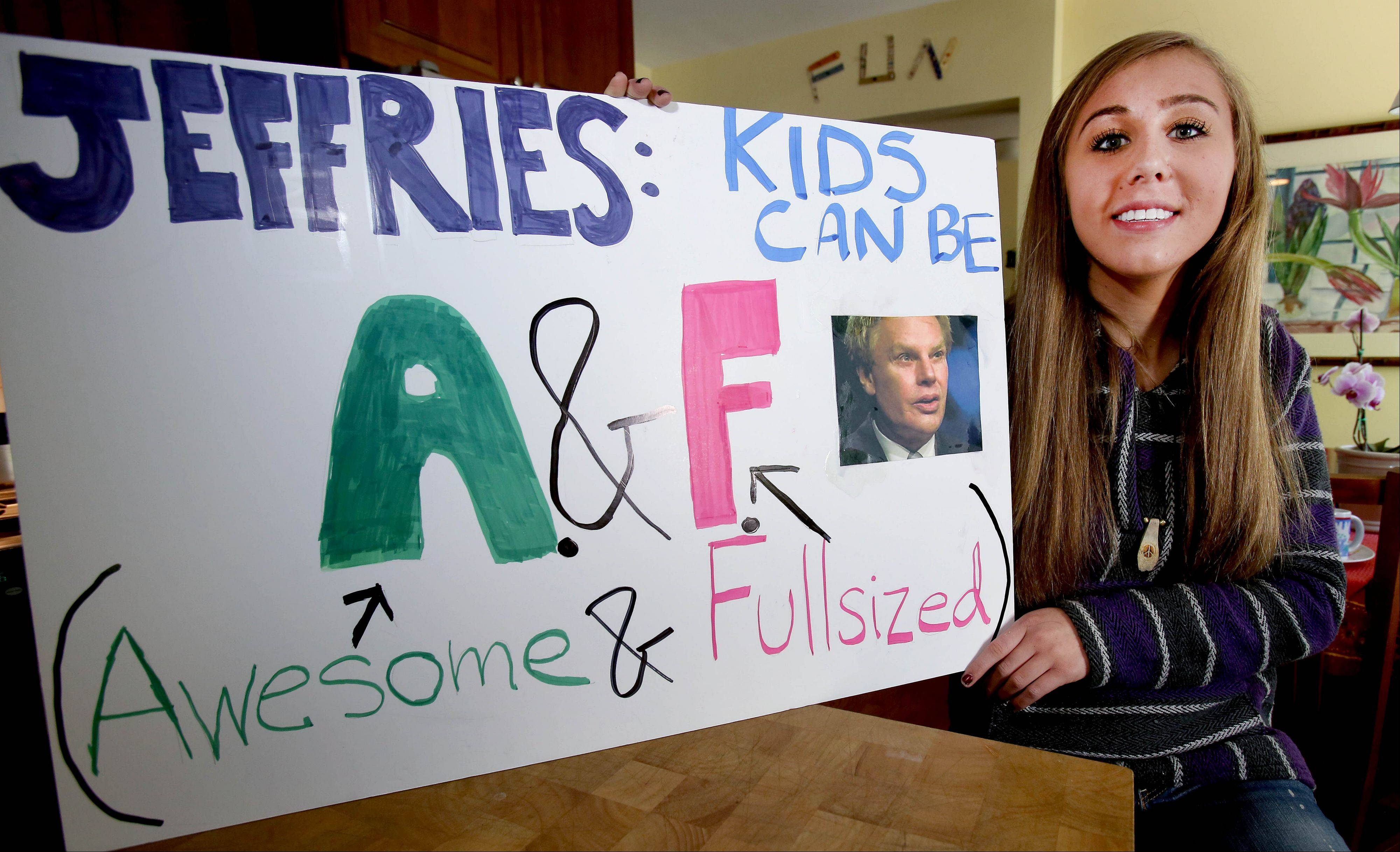 "Cali Linstrom of Glen Ellyn took Abercrombie & Fitch to task over ""fat"" comments and received not only an apology but a sit-down meeting with company executives."
