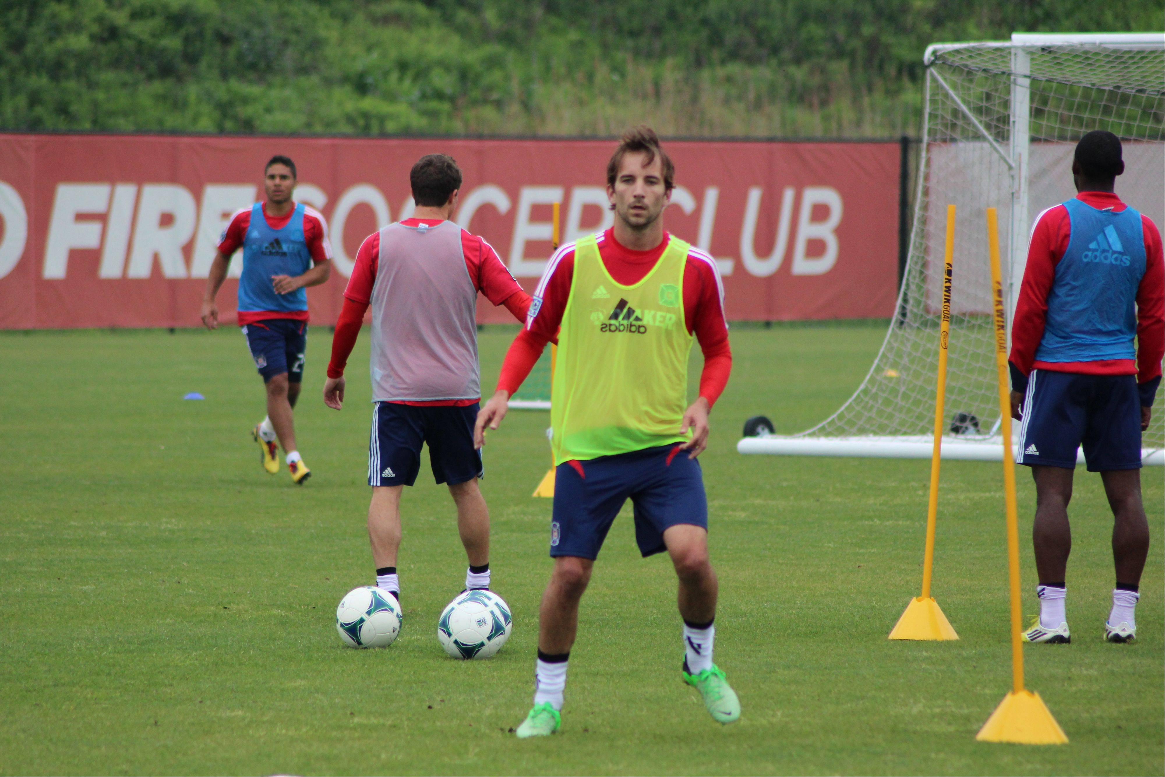 Mike Magee goes through his first training session with the Chicago Fire on Monday morning.