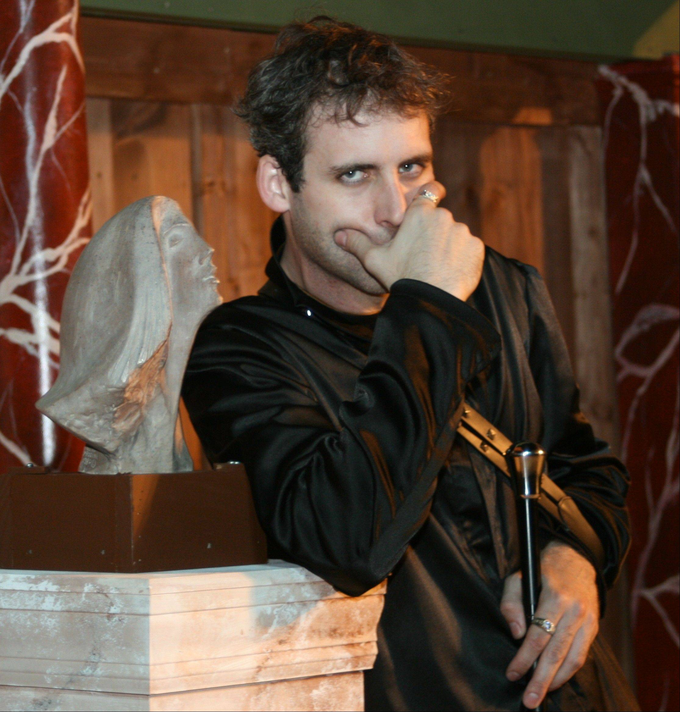 "Kevin McKillip played the title role in First Folio Theatre's 2007 production of ""Richard III."""