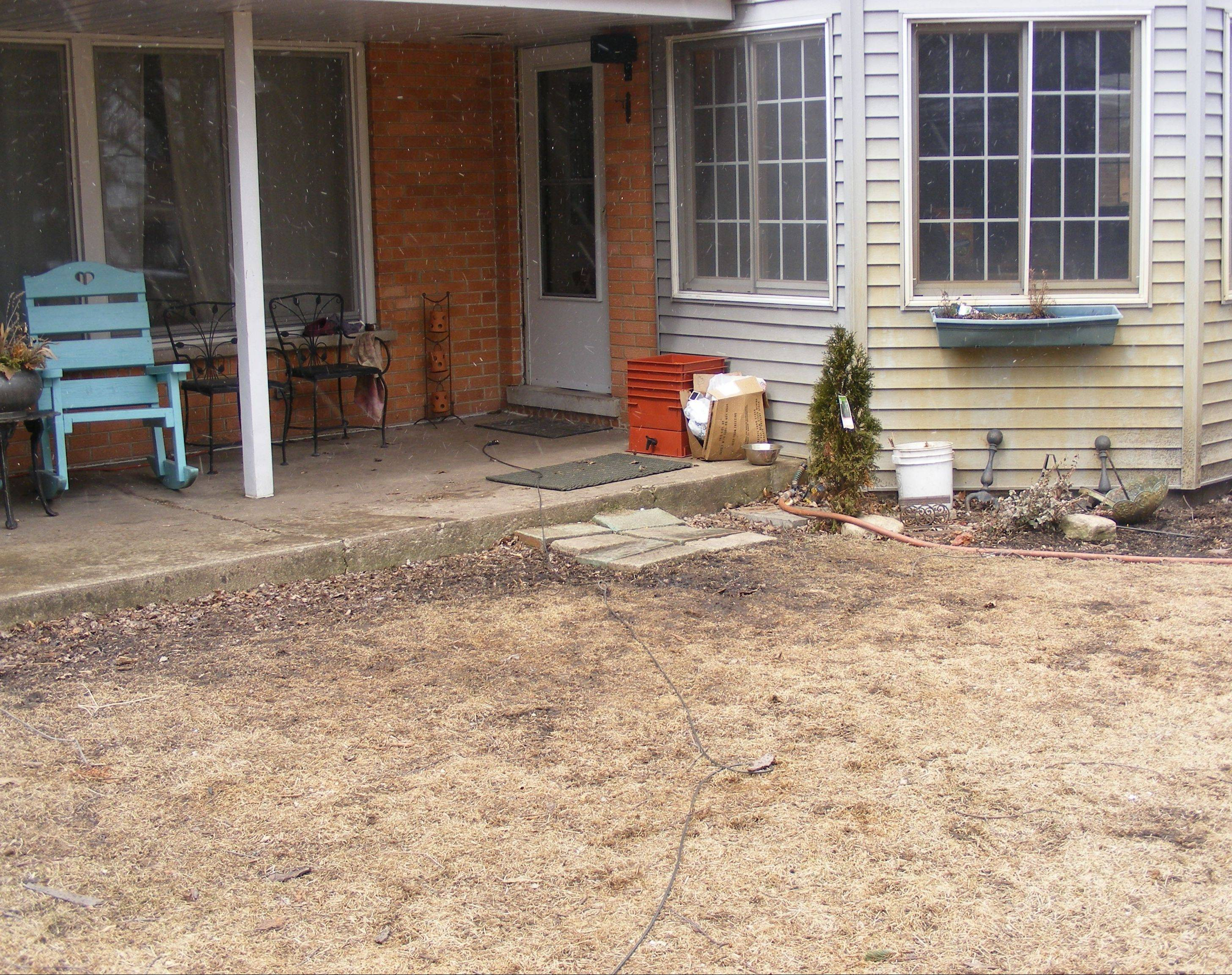 Outdoor makeover contest Week 5: Muddy paw print