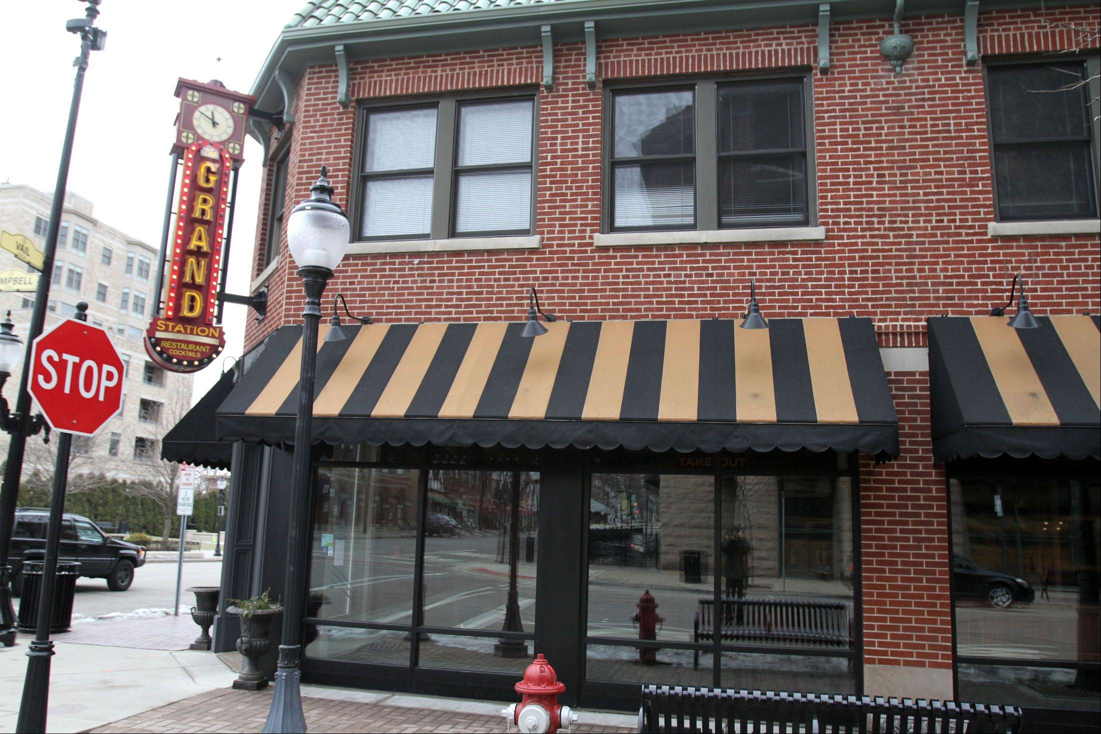 Arlington Heights officials this week approved plans for a new 50s-themed restaurant called Circa 57 in the former Grand Station space in the village's downtown. Owners hope to have at least a portion of the new eatery open by August.