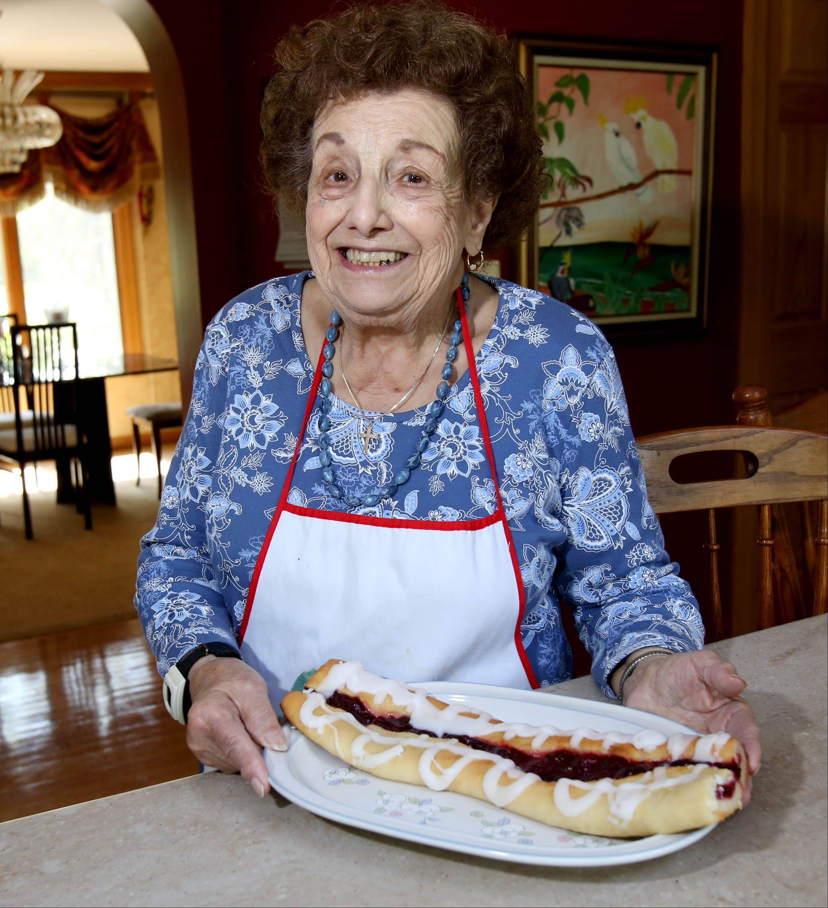If you're looking for Rose Palma check the kitchen first. This Glen Ellyn octogenarian prepares pasta for high school football players and bakes dozens of coffee cakes every month to share with Milton Township committee members.