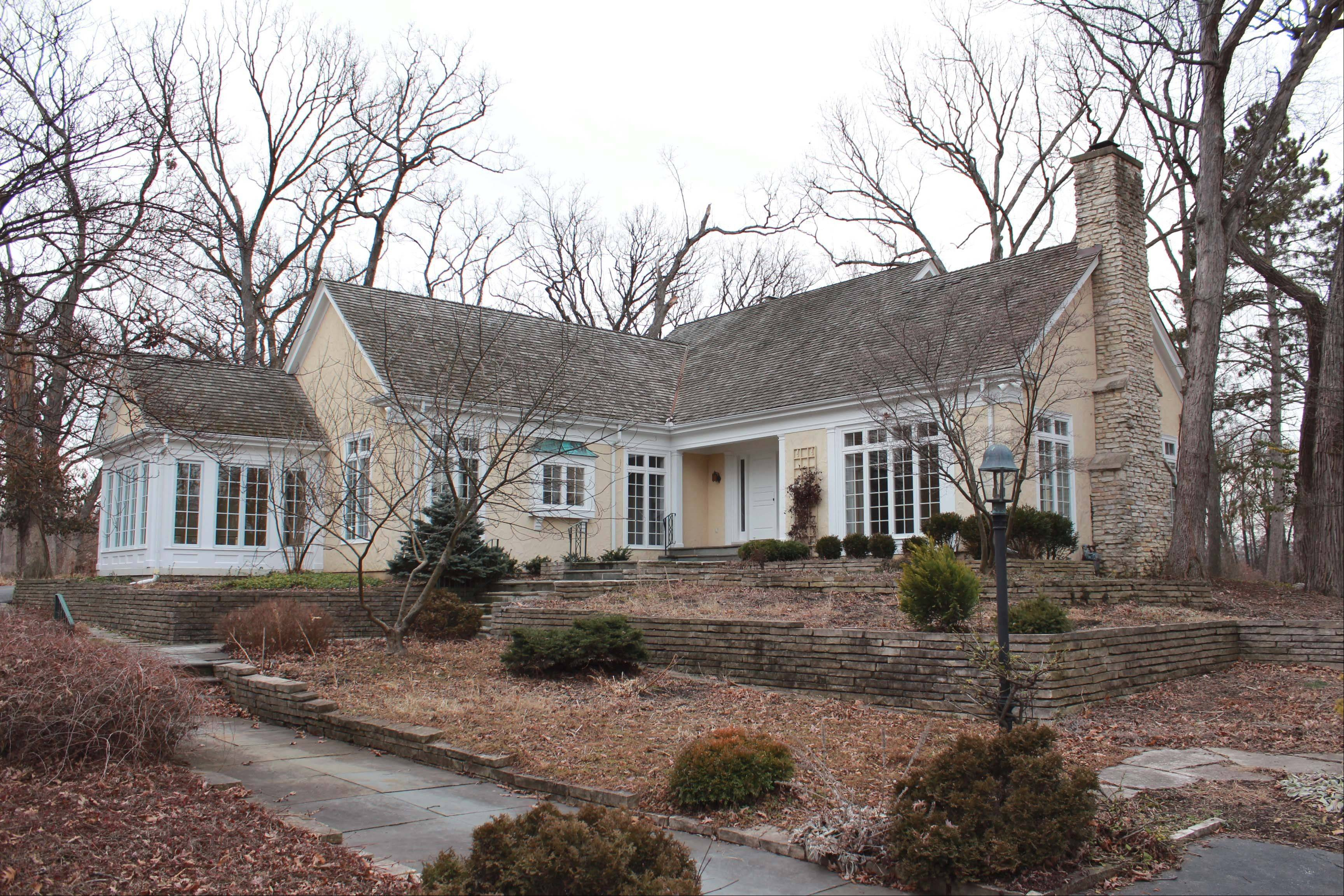 Douglas and Fran Mains agreed to sell their property and house in West Chicago to the DuPage County Forest Preserve District in 2007. They have since donated most of the purchase price back to the district.