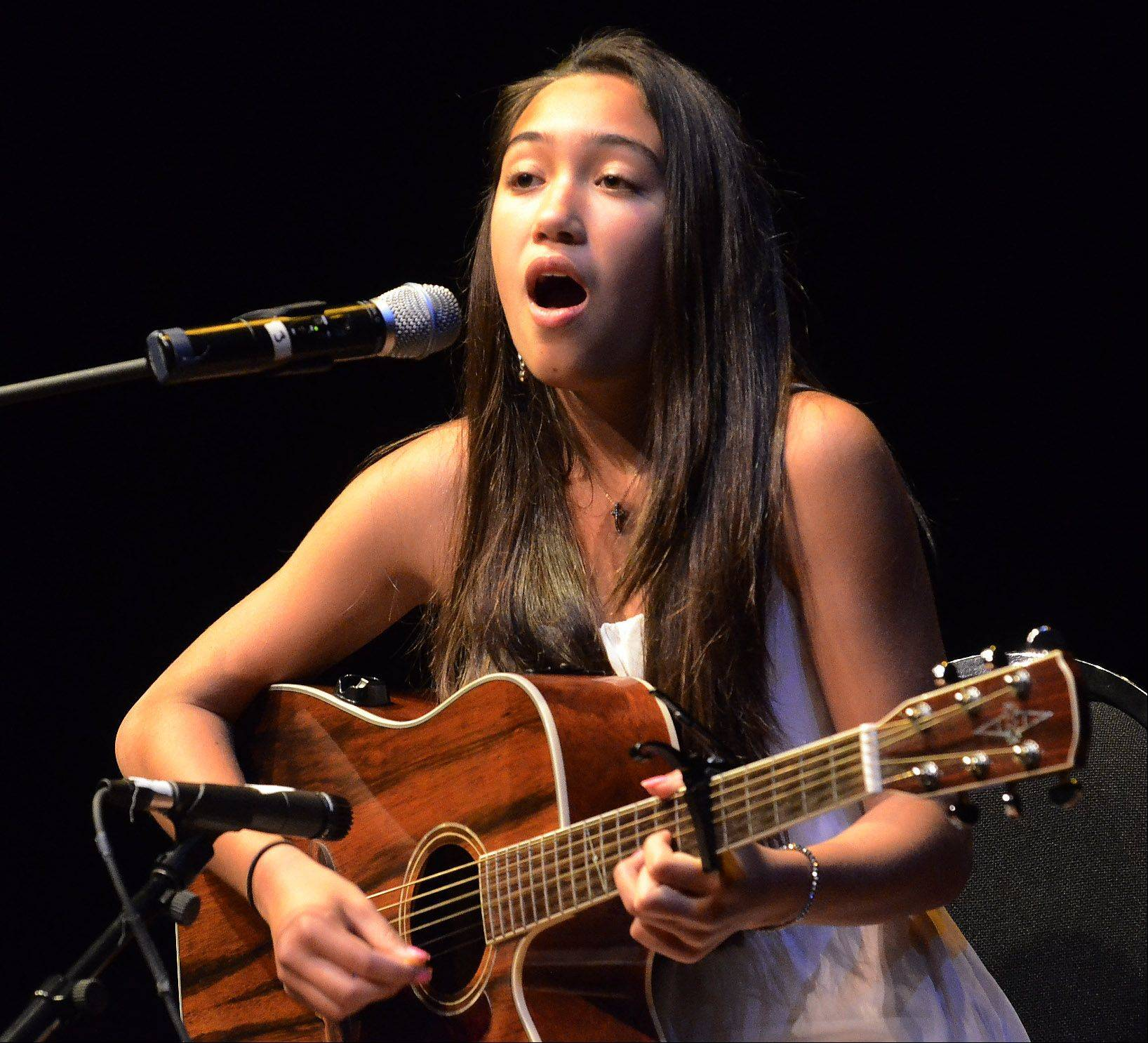 "13-year-old Alexis Nguyen of Pingree Grove auditions with ""Stuck Like Glue"" by Sugarland."