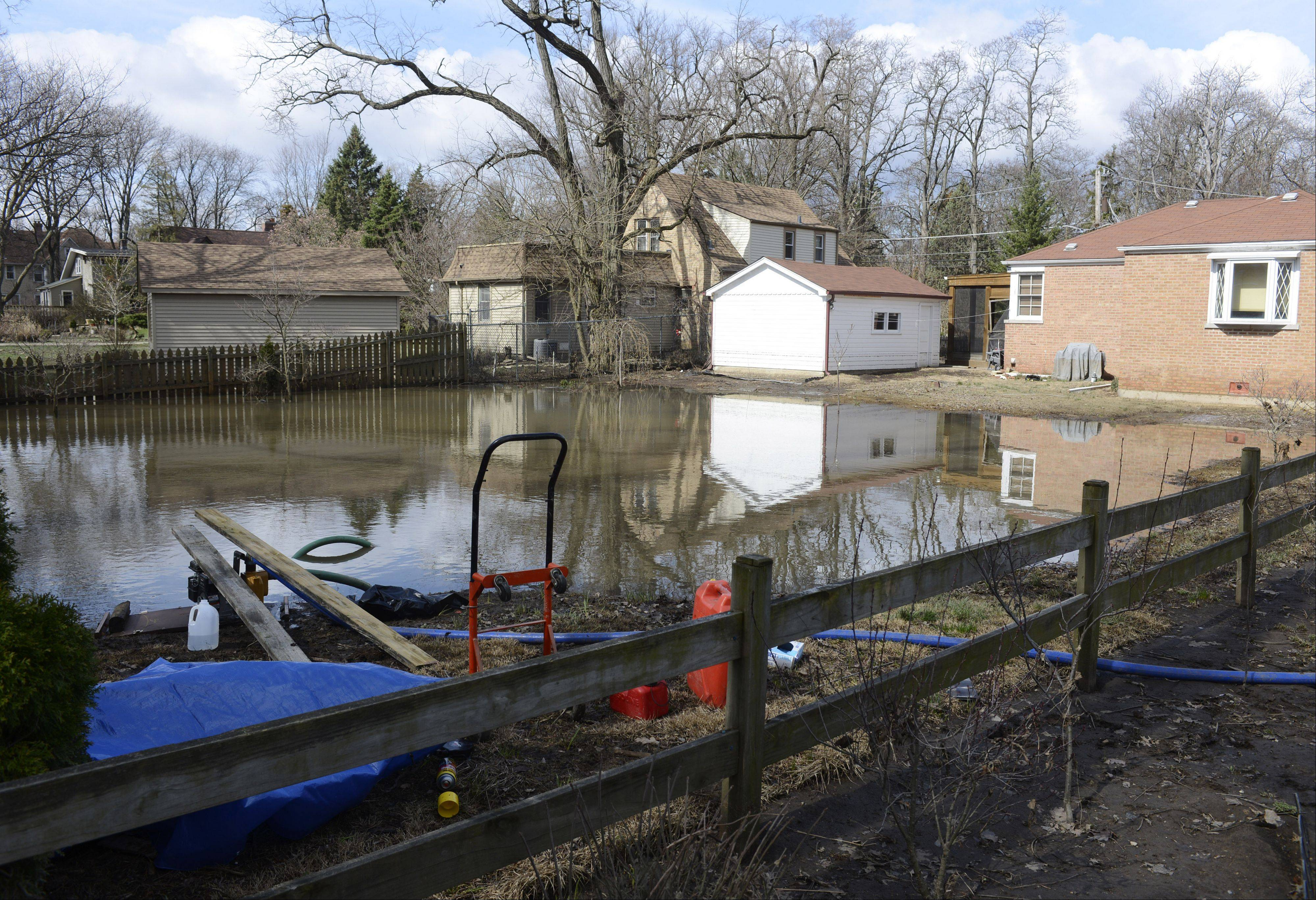 Des Plaines residents impacted by severe weather like April's floods could get help from the city sooner if aldermen approve a pending measure that would allow for permit fees to be waived immediately upon a disaster declaration from the mayor.