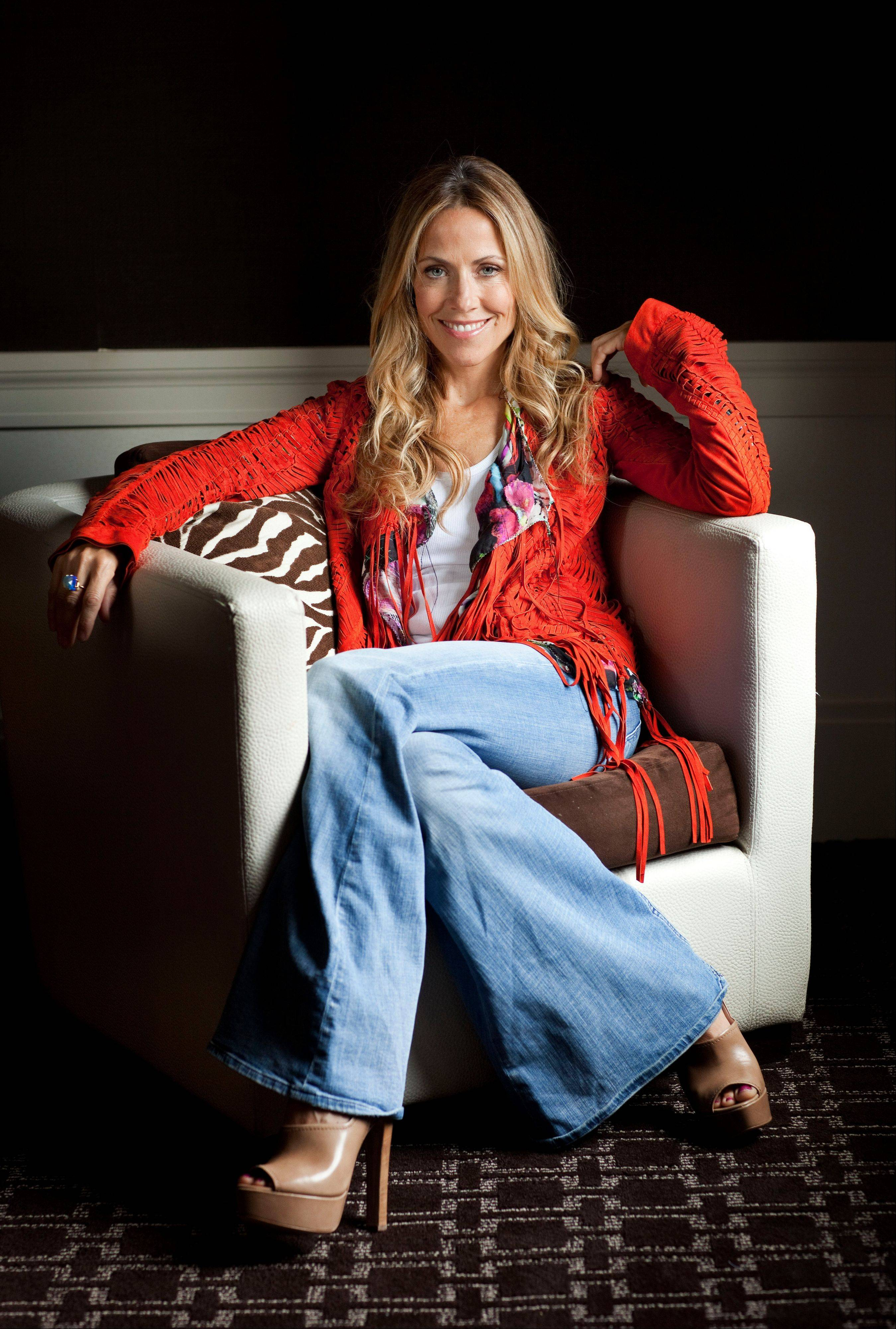 �It�s the thing I�ve been missing my whole career, the feeling of being able to sit around with a guitar and have people know each other�s songs,� Sheryl Crow says of living in Nashville.