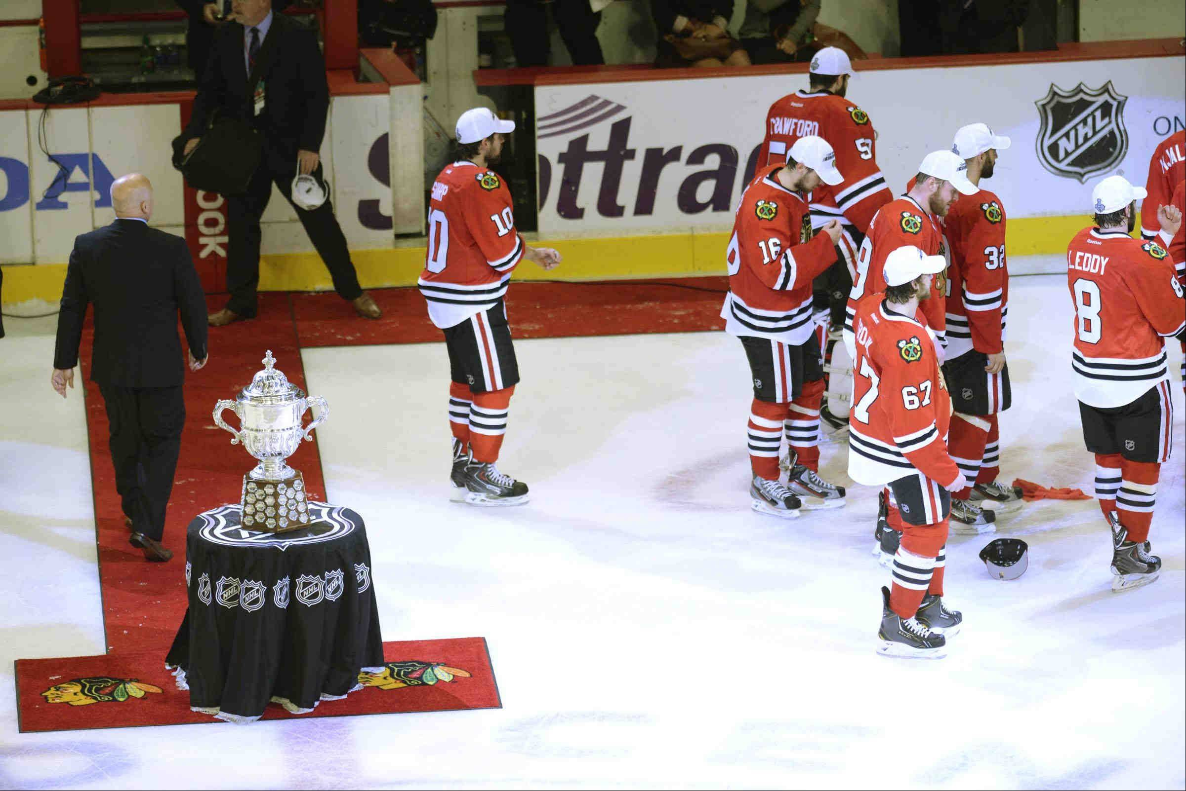 The Chicago Blackhawks leave the Campbell Cup without touching it Saturday at the United Center in Chicago.