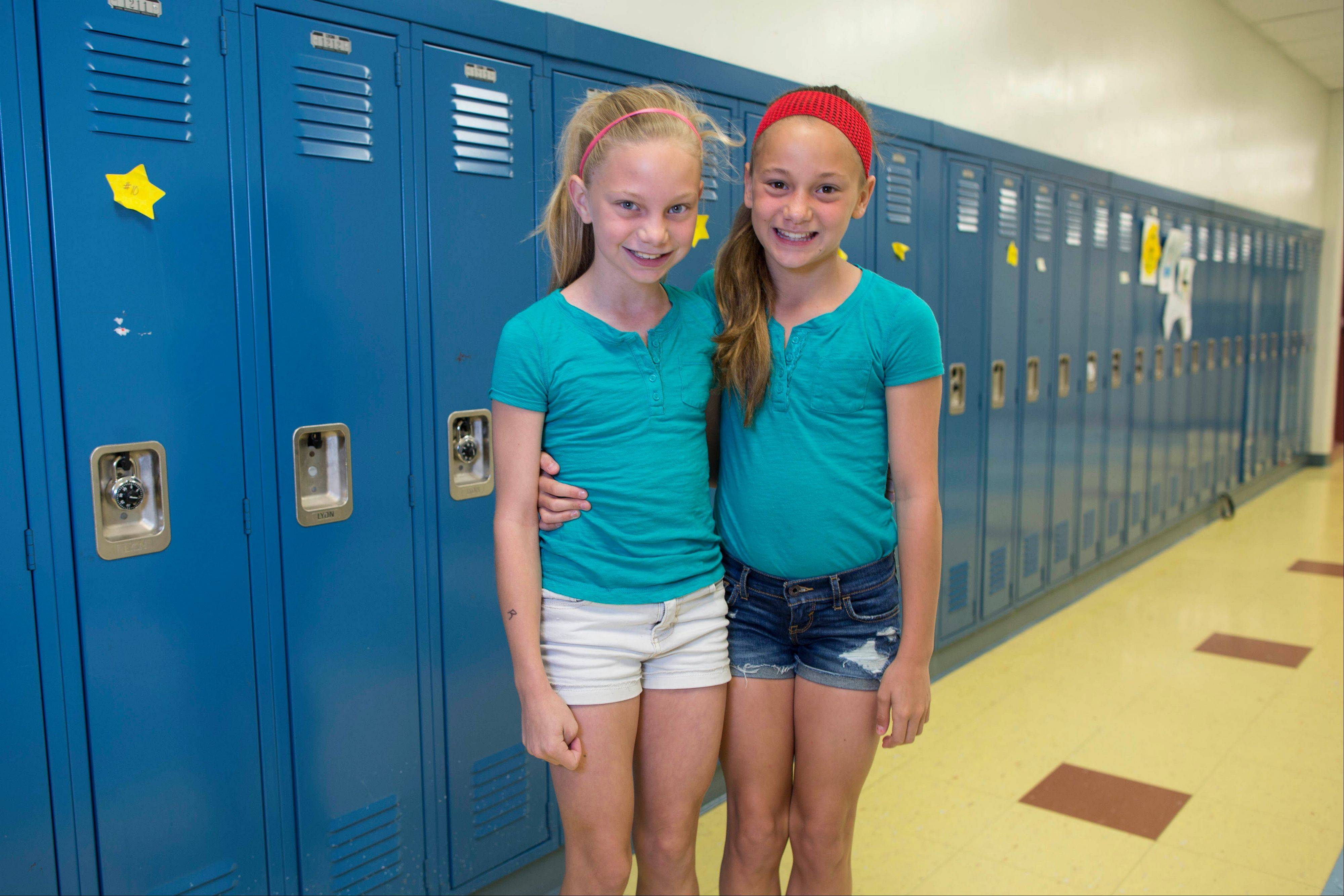 Gracie Ramsey, left, and her twin sister, Julia.