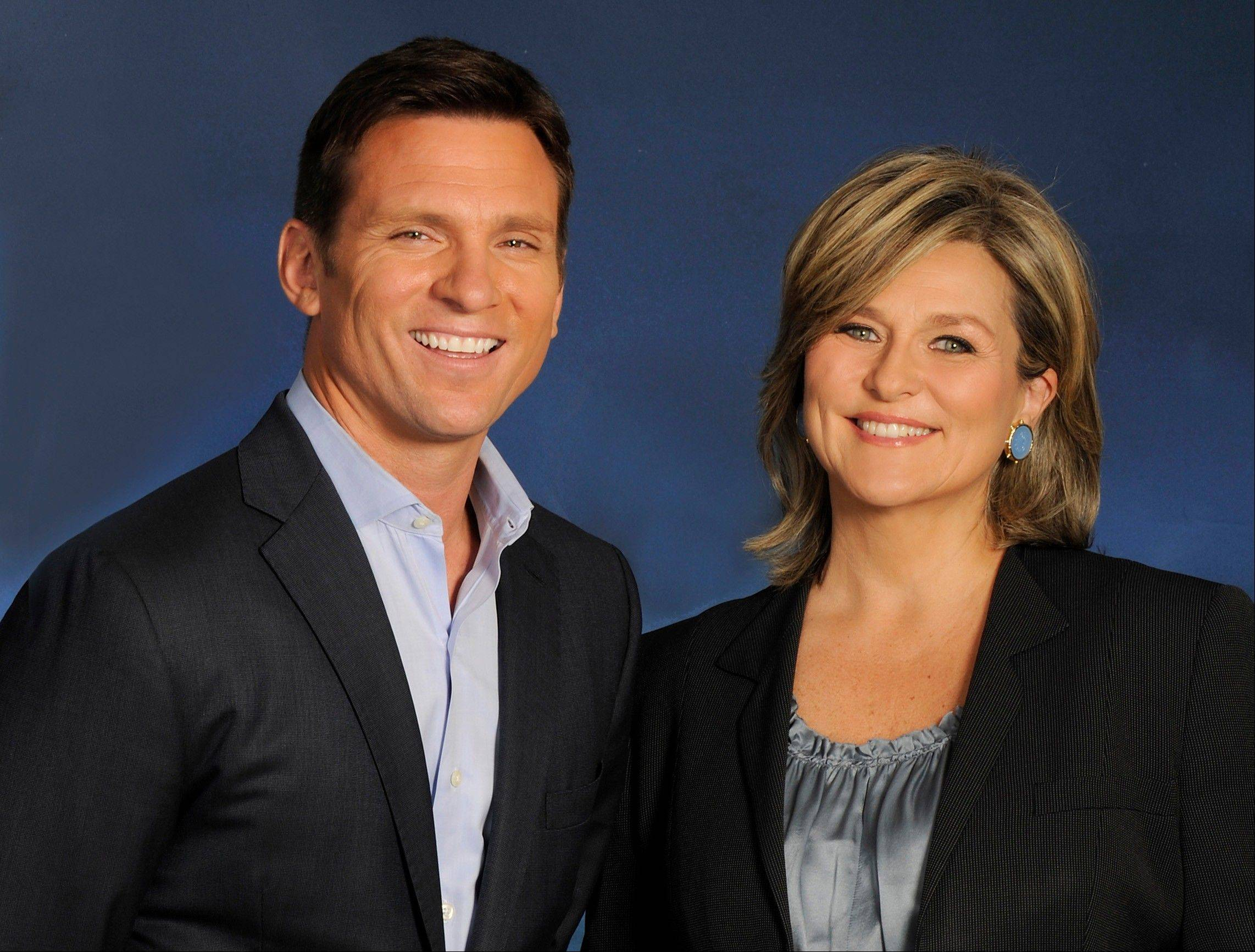 "Bill Weir, left, and Cynthia McFadden, of the news magazine show ""The Lookout."""