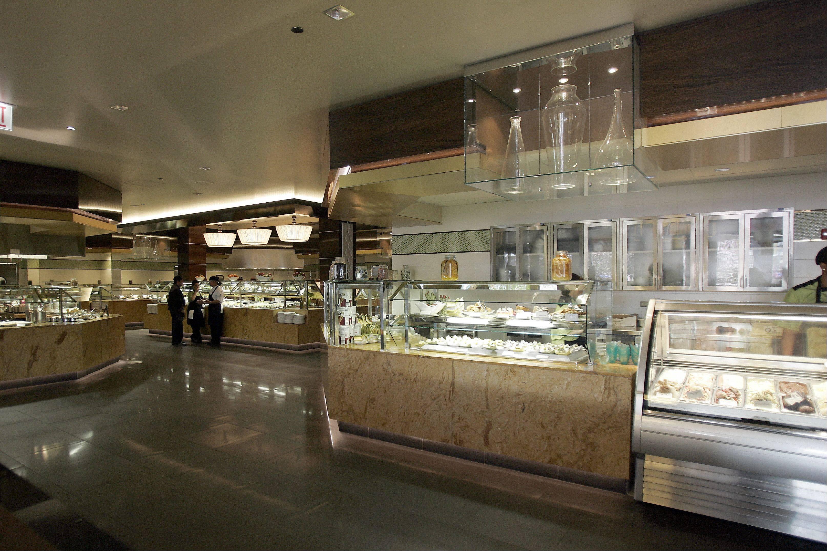 casino hits dining jackpot with indulge show kitchen buffet rh dailyherald com elgin casino restaurant
