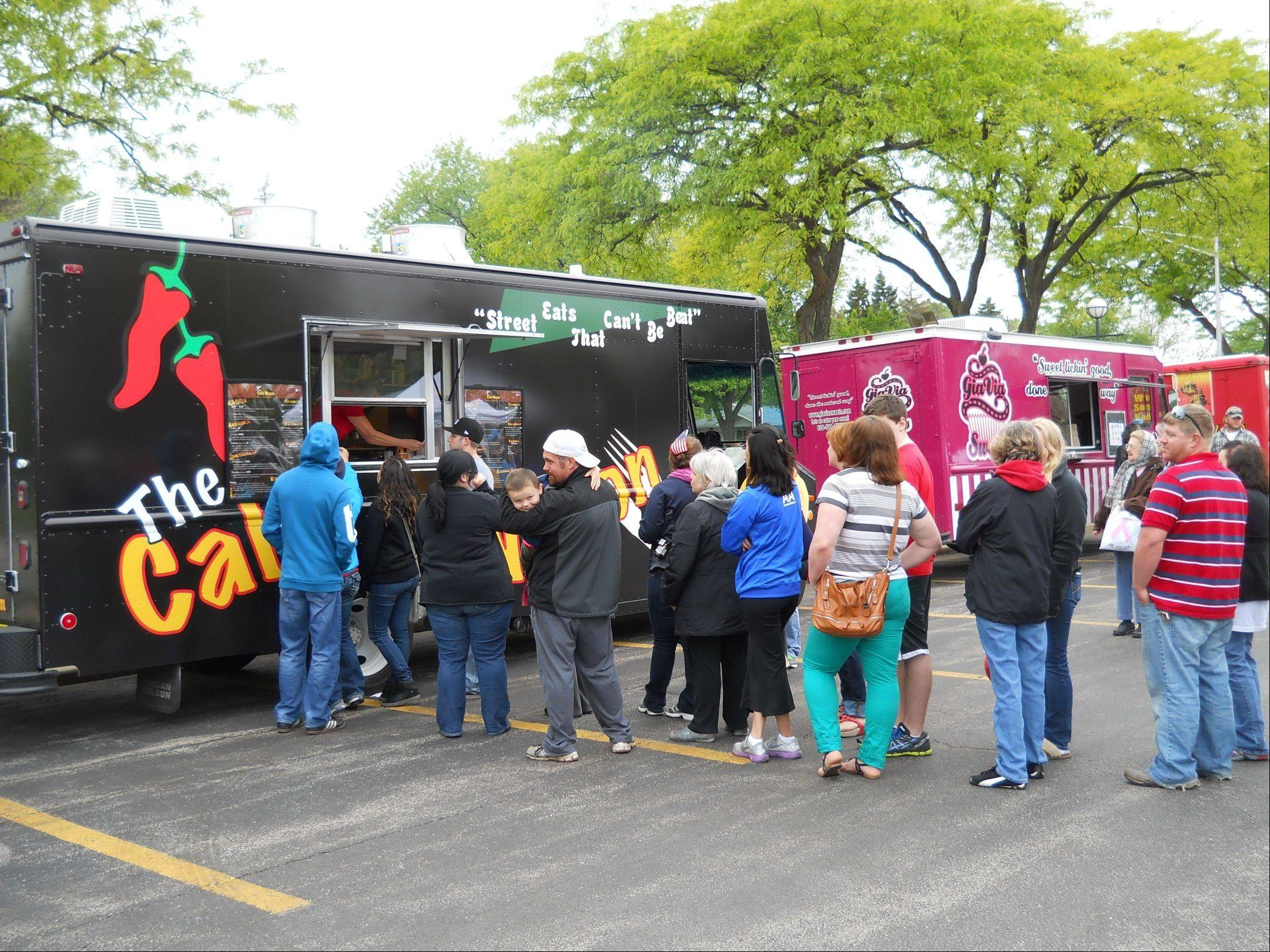 Rolling Meadows inaugurates a monthly Farmers Market/Food Truck event.