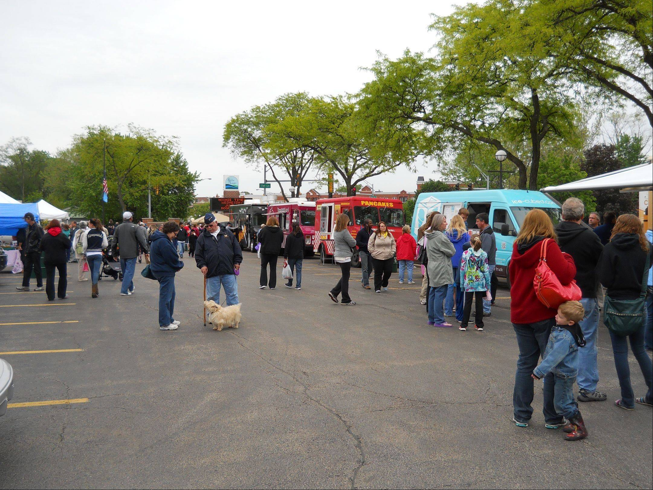 The first monthly Rolling Meadows Farmers Market/Food Truck event occurred May 25.