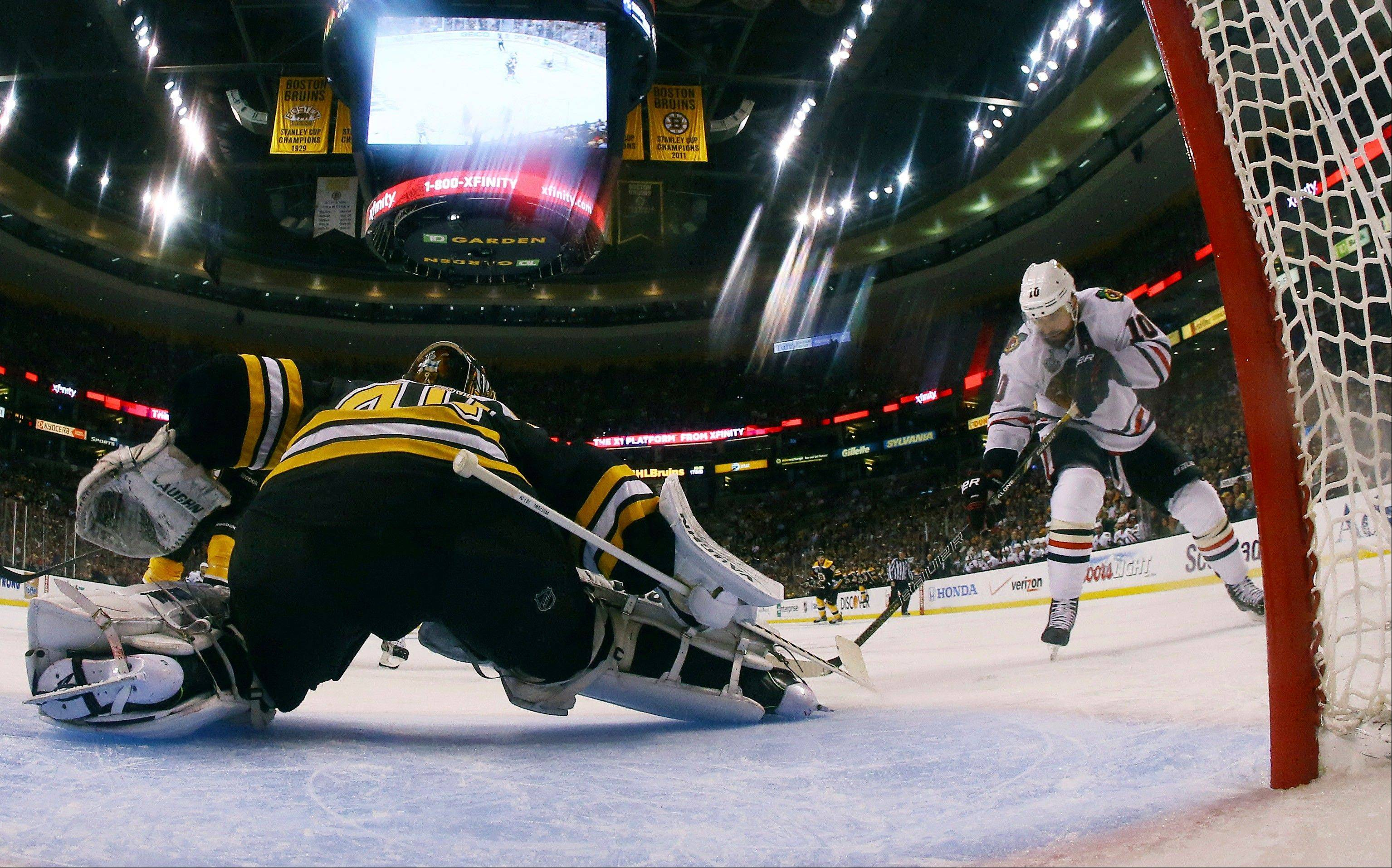 Against Boston Bruins goalie Tuukka Rask, the Blackhawks power play unit is 0-for-11.