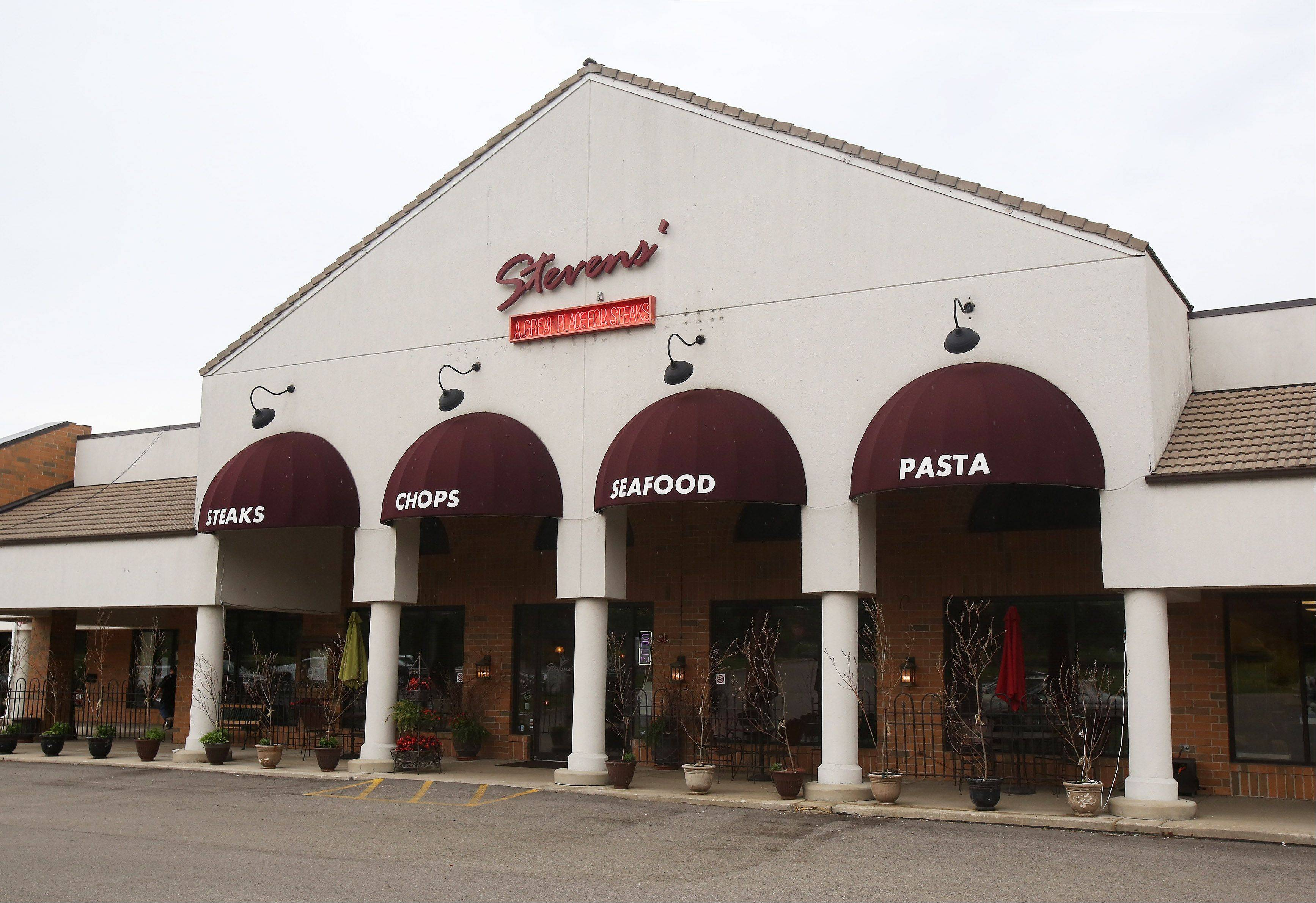 Stevens' specializes in steaks, seafood and pasta.