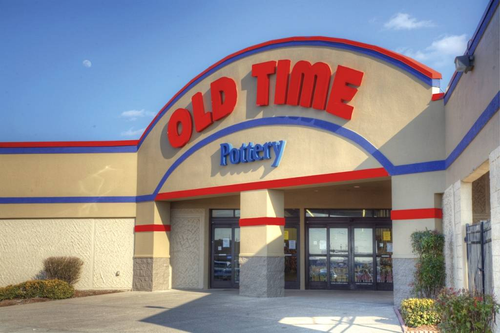 West Chicago, Illinois will be the first Chicagoland location for Old Time Pottery, which has its grand opening scheduled for August 31, 2013.