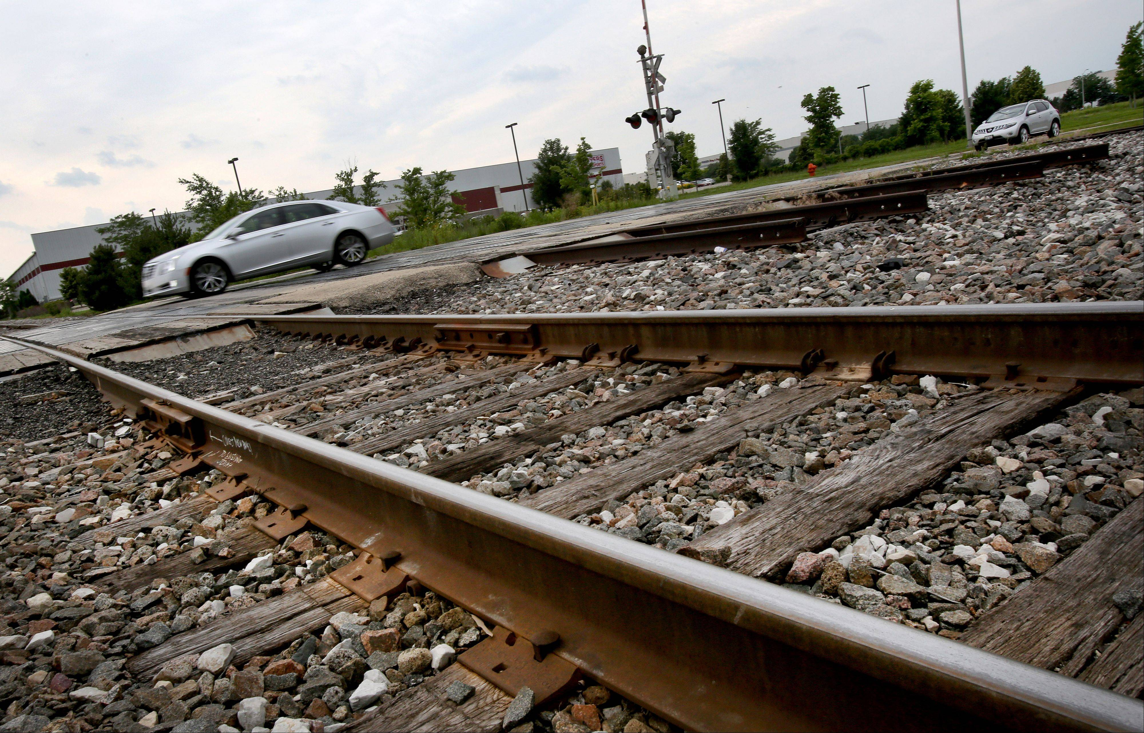 Crews will begin a monthlong project July 1 to remove and replace track at the Quincy Avenue crossing of the Burlington Northern Santa Fe Railroad in Naperville.
