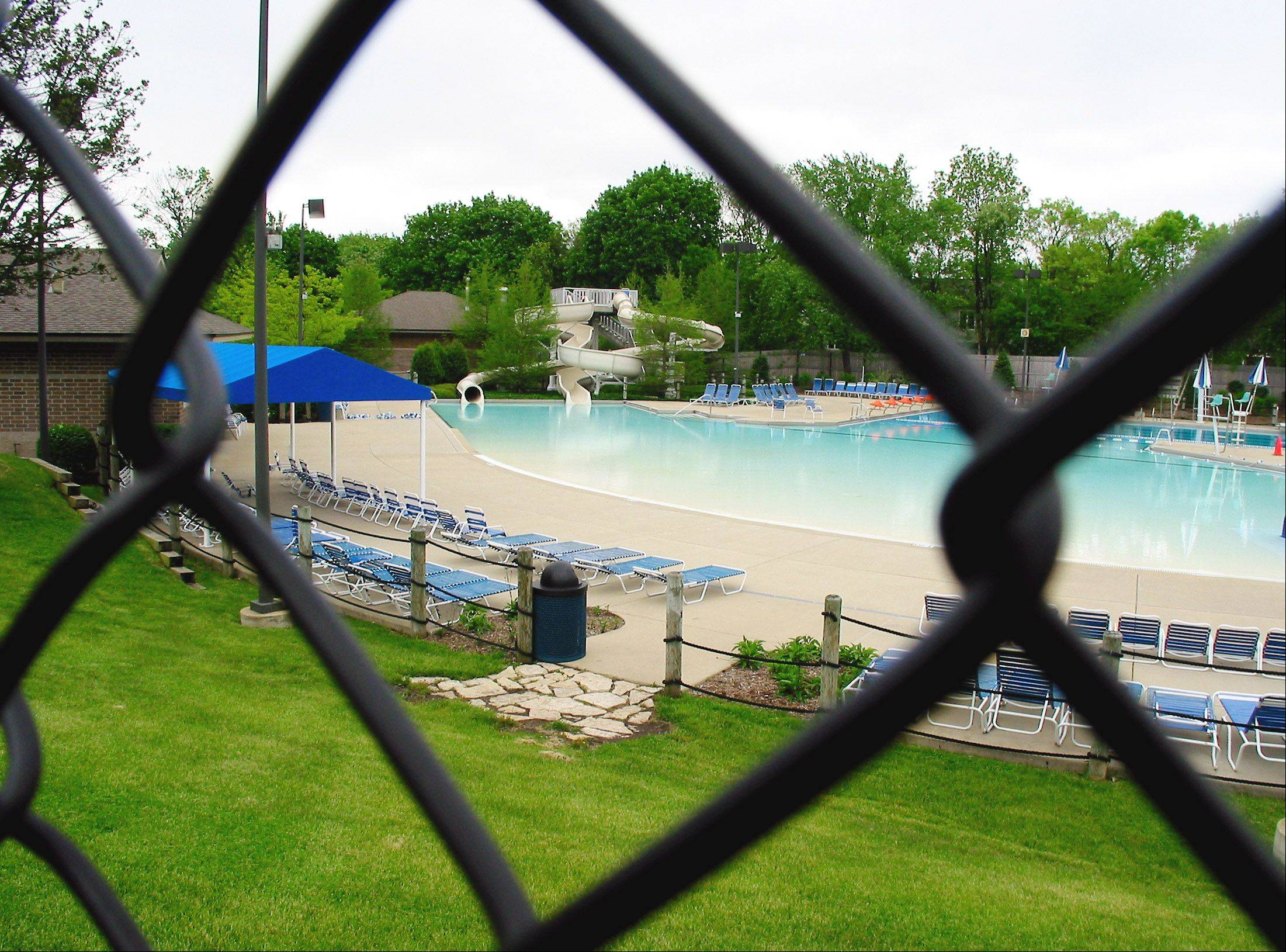 A power outage late Sunday afternoon forced Sunset Pool in Glen Ellyn to close, but it had reopened by Monday afternoon.