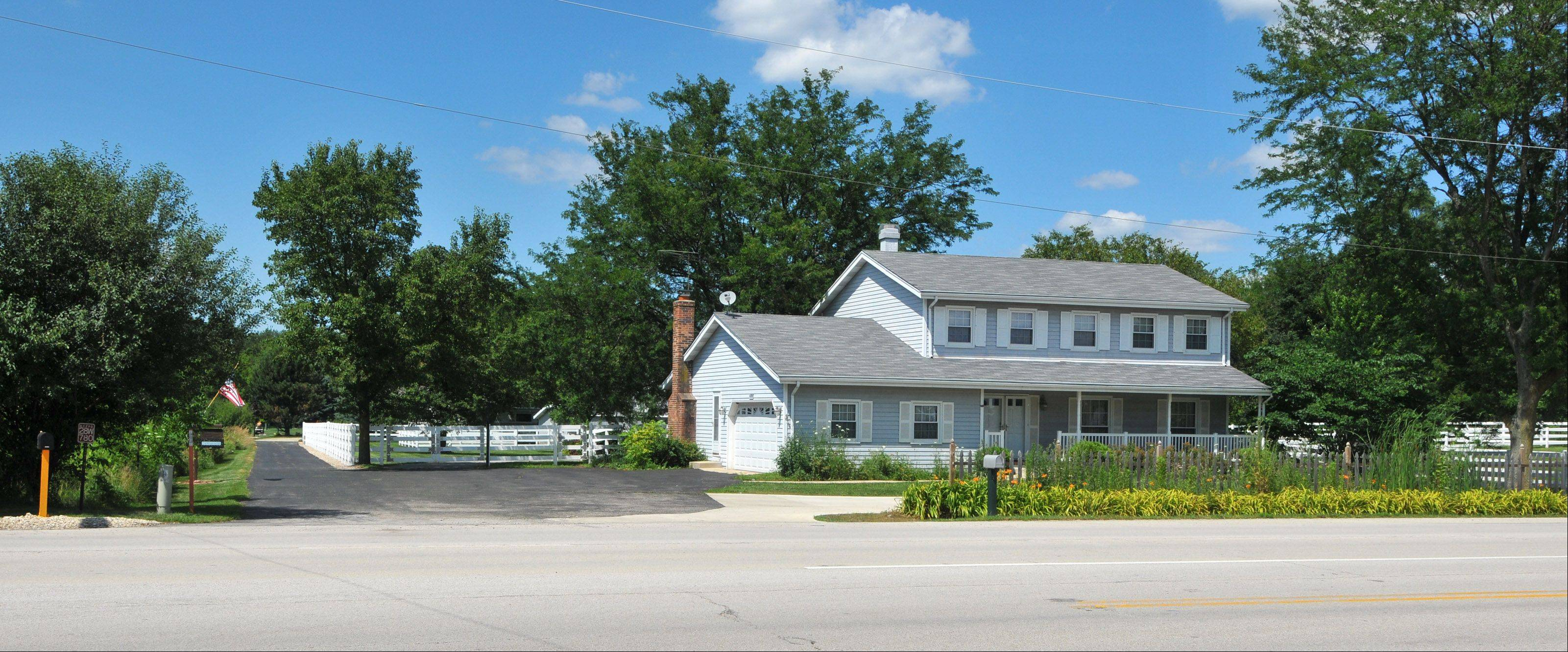 The Islamic Center of Western Suburbs has won DuPage County�s approval to convert a house near West Chicago into a religious institution.