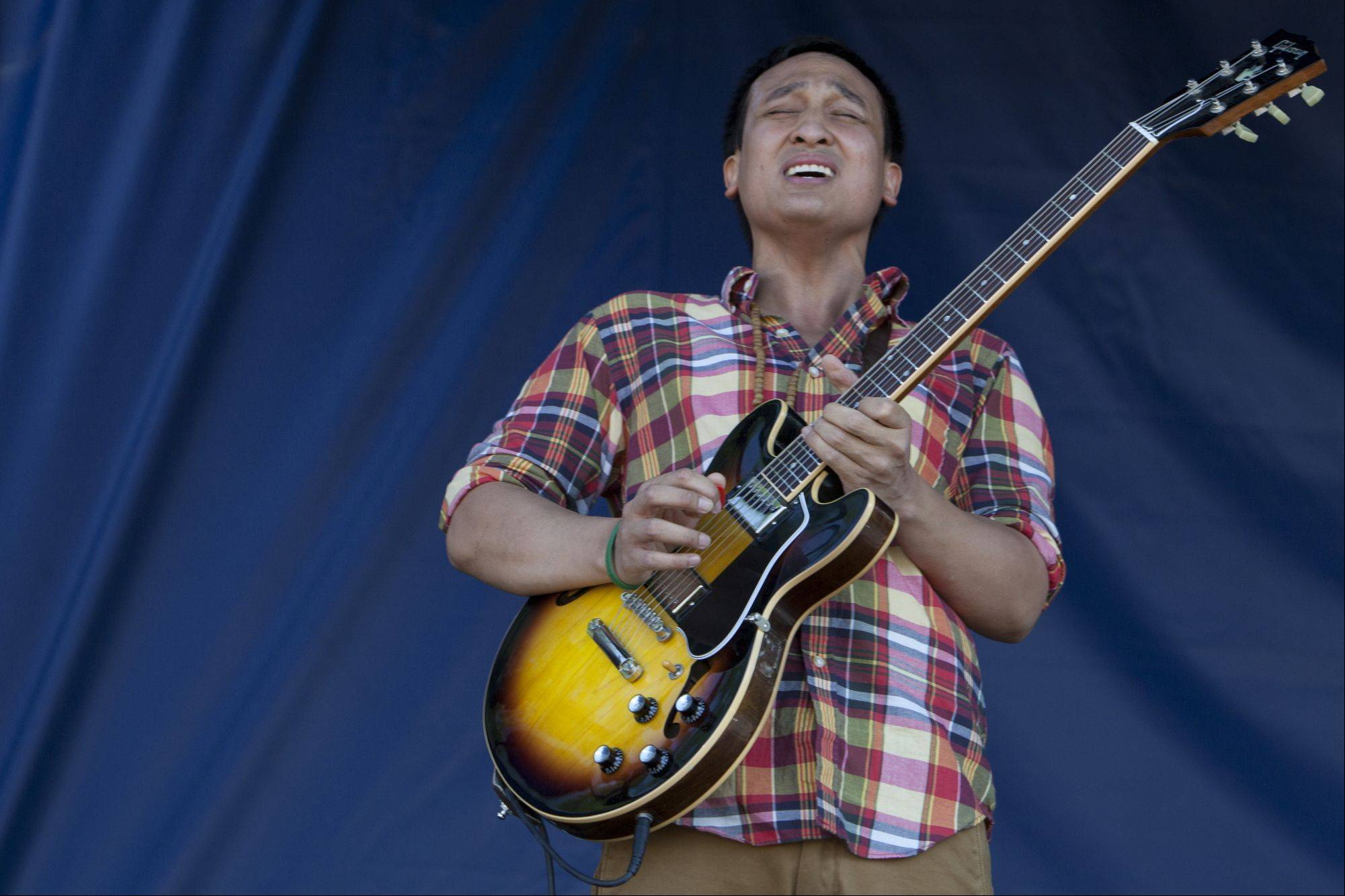 Danny Dancel performs during last year's Mundelein Community Days.