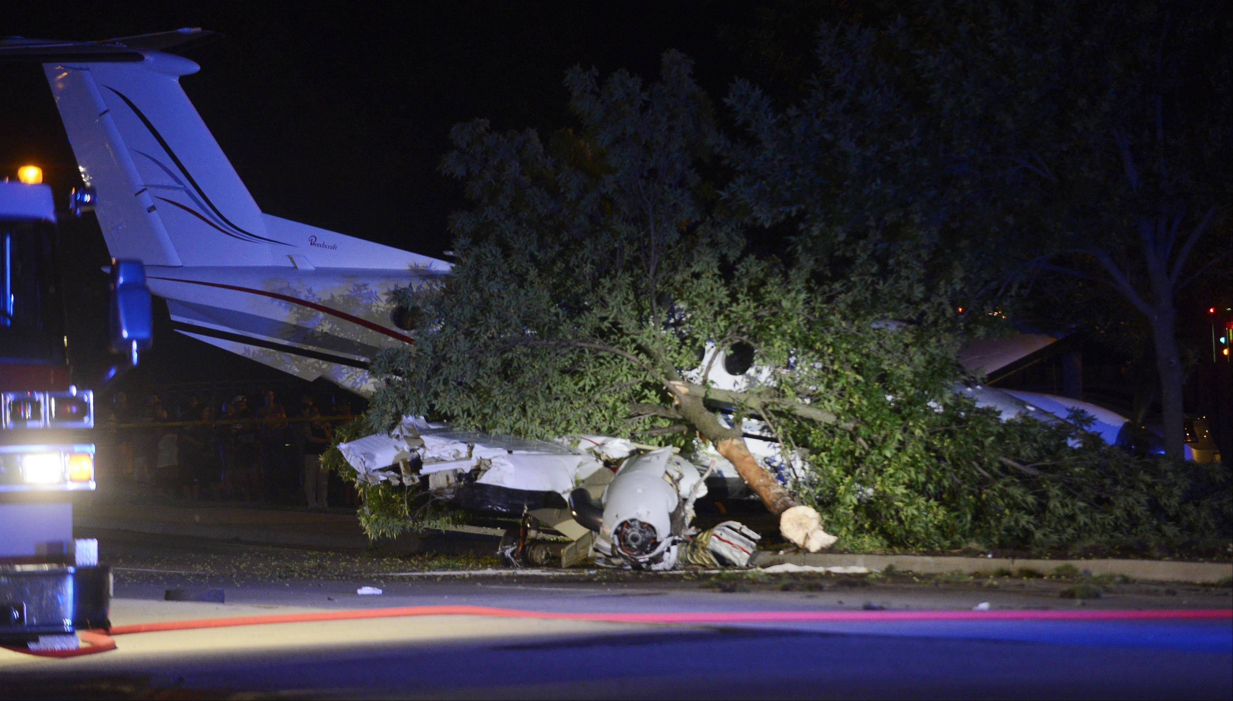 A plane attempting to land at Chicago Executive Airport crashed Tuesday along Wolf Road, just north of Hintz Road and adjacent to the Foxboro Apartments.
