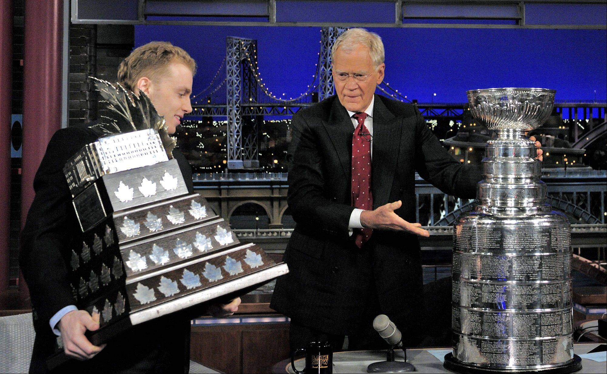 Hawks' Kane brings Cup to Letterman show