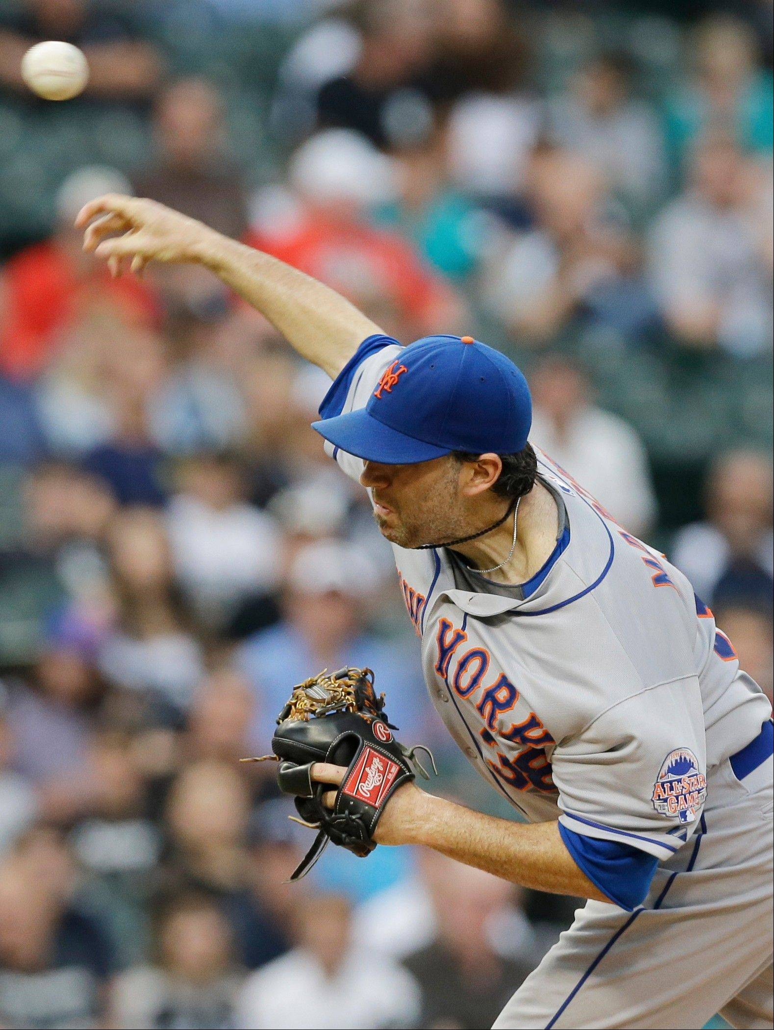 New York Mets starter Shaun Marcum throws against the Chicago White Sox during the third inning of an interleague baseball game Wednesday, June 26, 2013, in Chicago. (AP Photo/Nam Y. Huh)
