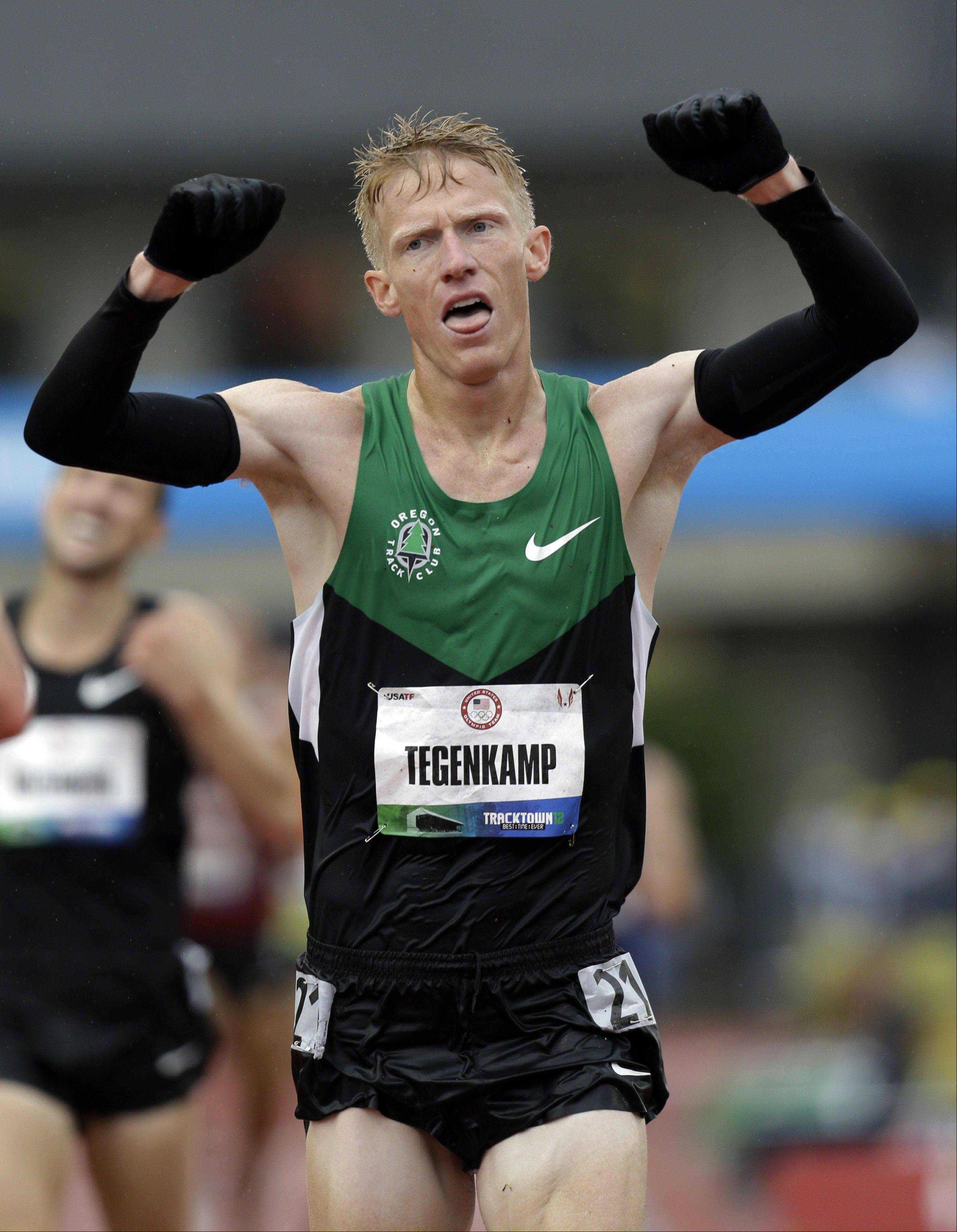 Olympian Matt Tegenkamp will race in the 2013 Chicago Marathon, race officials announced Thursday.