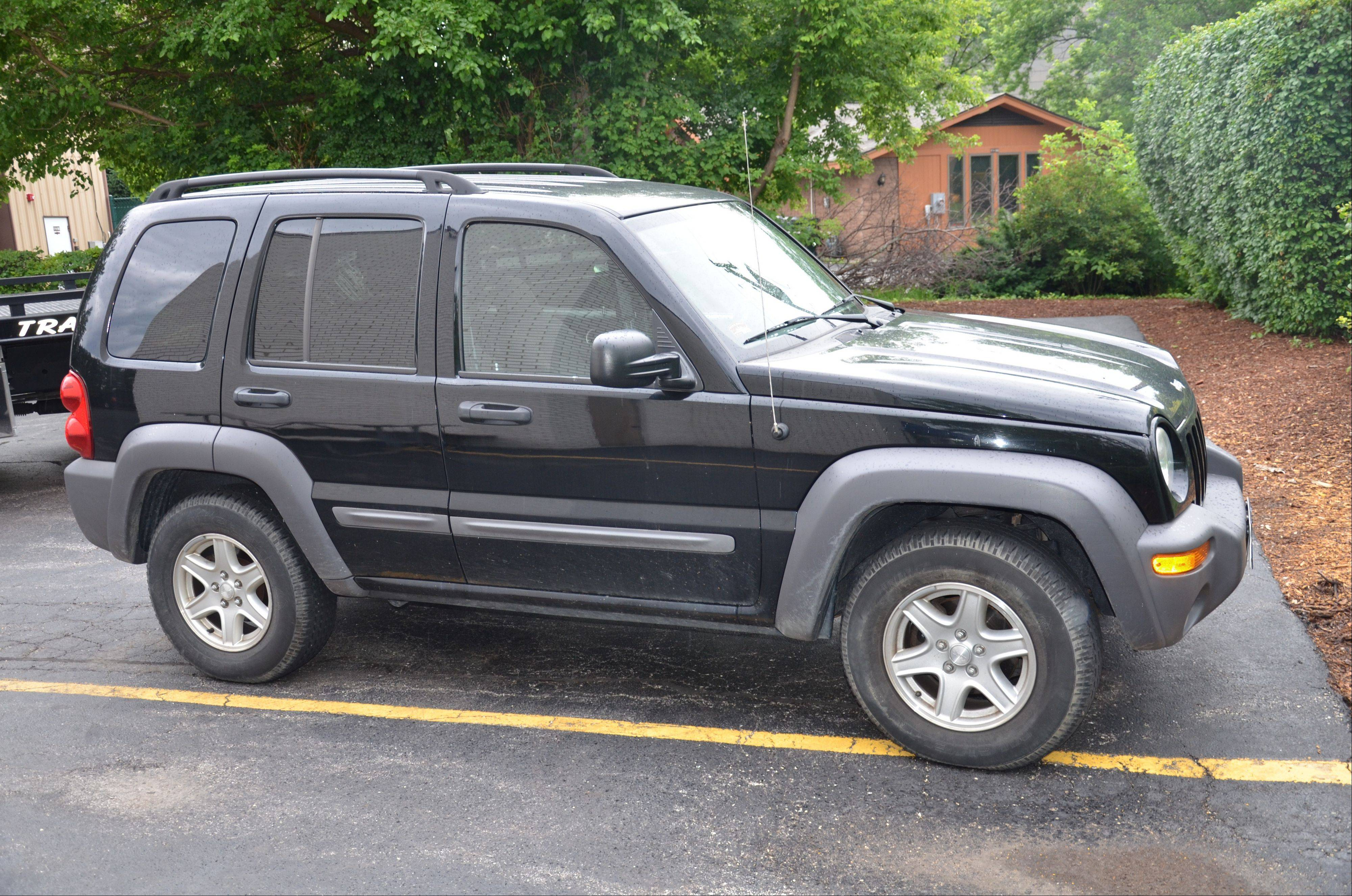 Police believe this Jeep Liberty was stolen by three men who tried to rob a jewelry store Sunday at Oakbrook Center mall in Oak Brook. Police found the vehicle abandoned less than a half-mile from the mall Monday morning, authorities said.