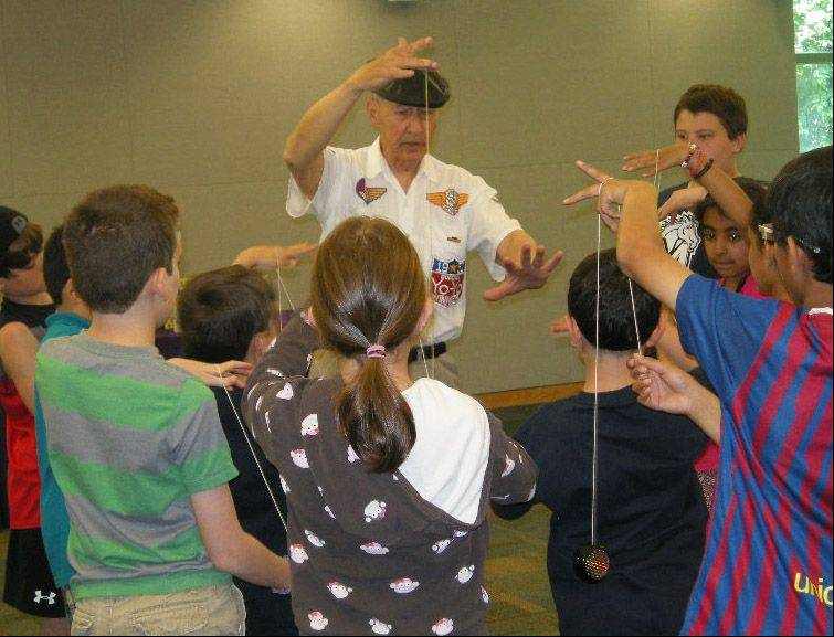 Vernon Area Public Library held a yo-yo program June 13 with Barry North.