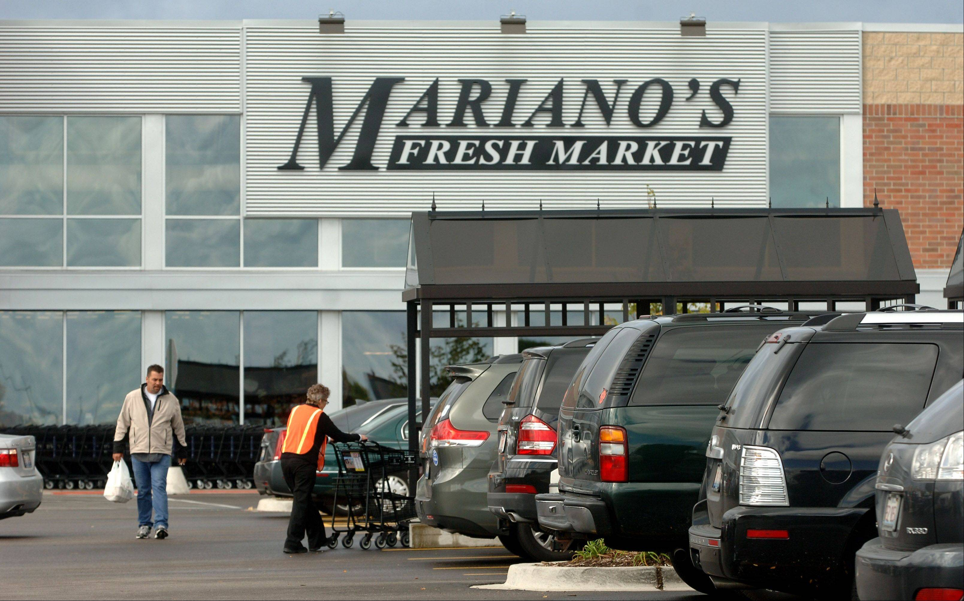 Mariano's Fresh Market in Vernon Hills has expanded its parking lot twice since opening in June 2011. That's one reason a developer intends create more parking than originally proposed for the Mariano's that would be built in Lake Zurich on the northwest corner of Route 22 and Quentin Road.