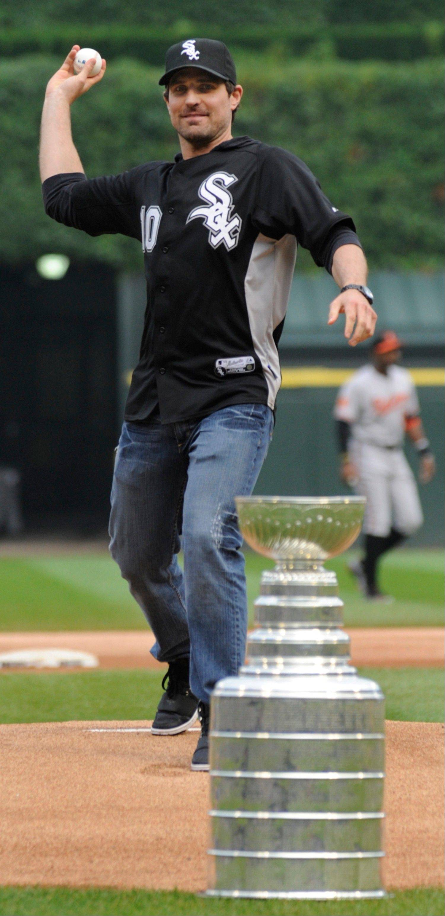 The Blackhawks' Patrick Sharp throws out a ceremonial first pitch before Wednesday's Sox game.