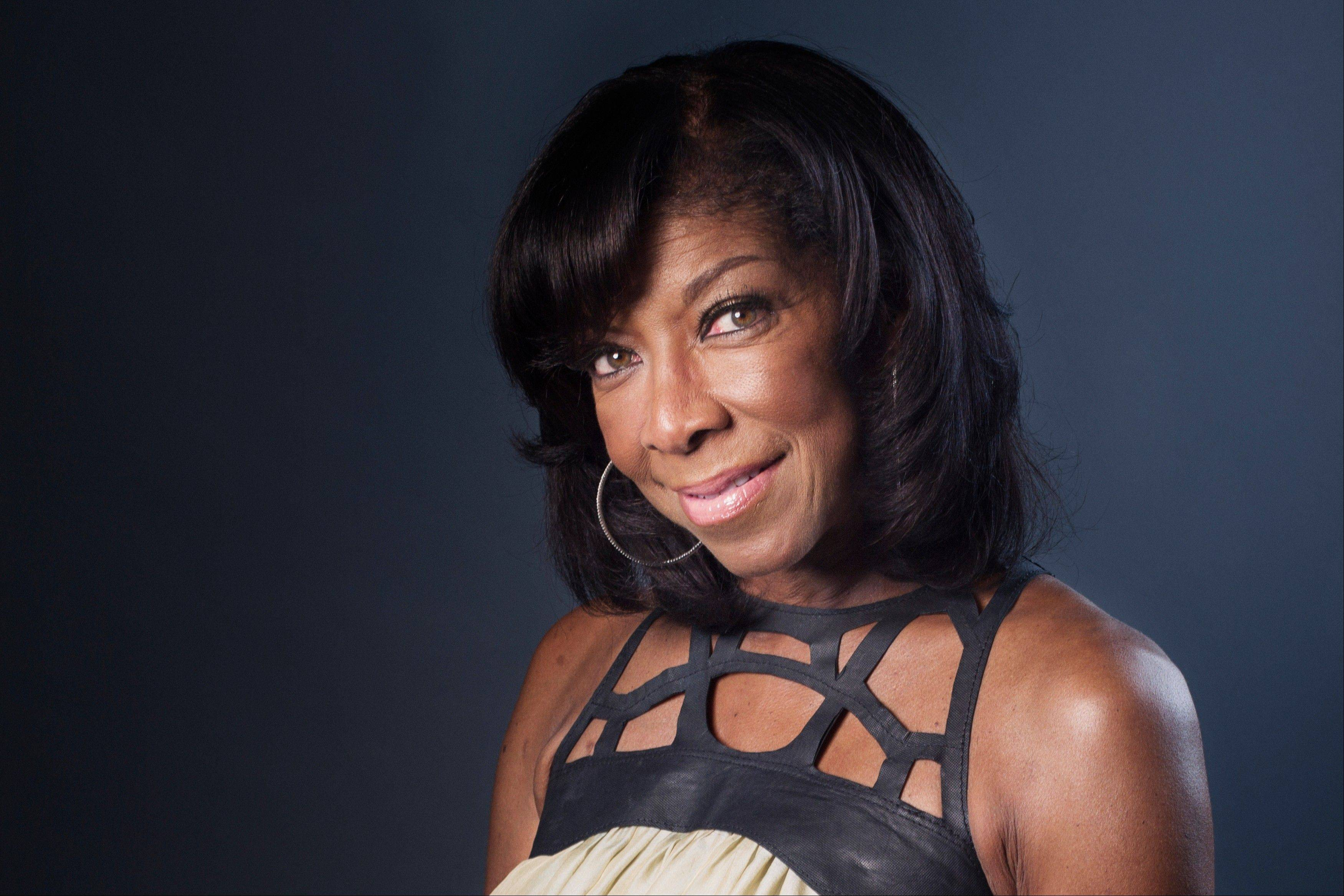 "Singer-songwriter Natalie Cole is promoting her new album, ""Natalie Cole en Espanol."""