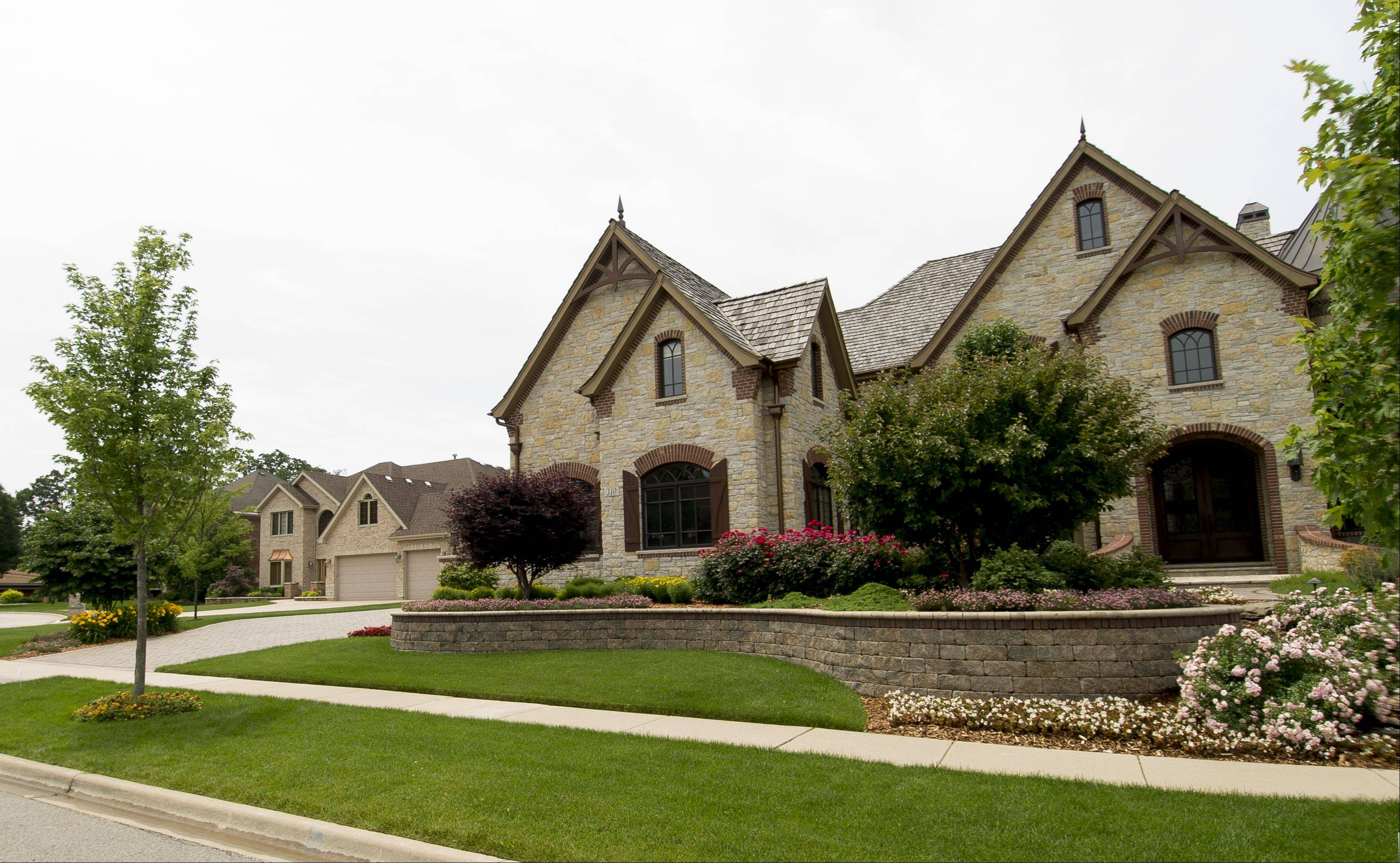 Homes in Addison�s Oak Forest Estates were custom built, most by developer Performance Builders.