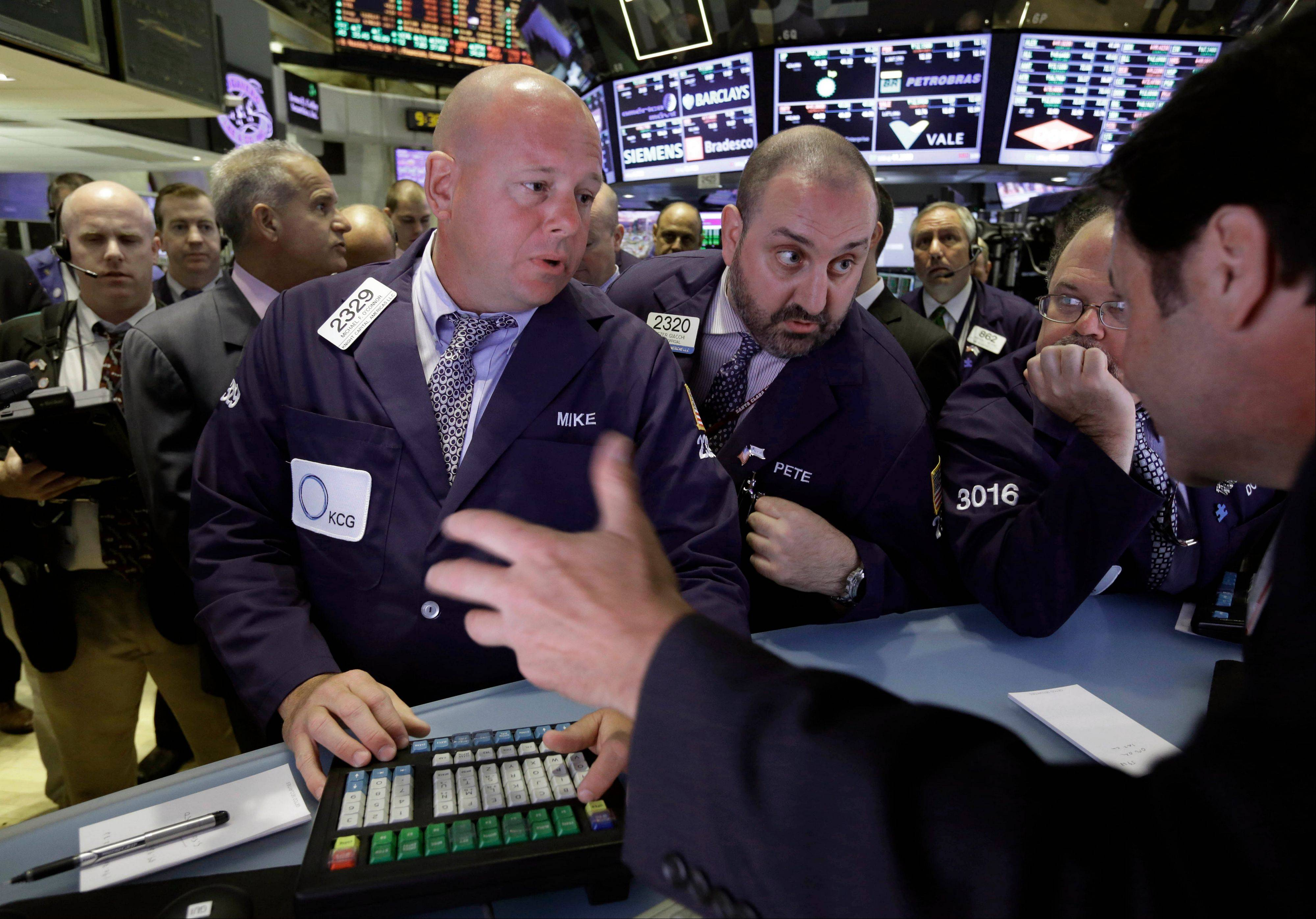 U.S. stocks rose for a fourth day amid optimism companies will report better-than-forecast earnings and that economic growth is strong enough to withstand any reduction in Federal Reserve stimulus.