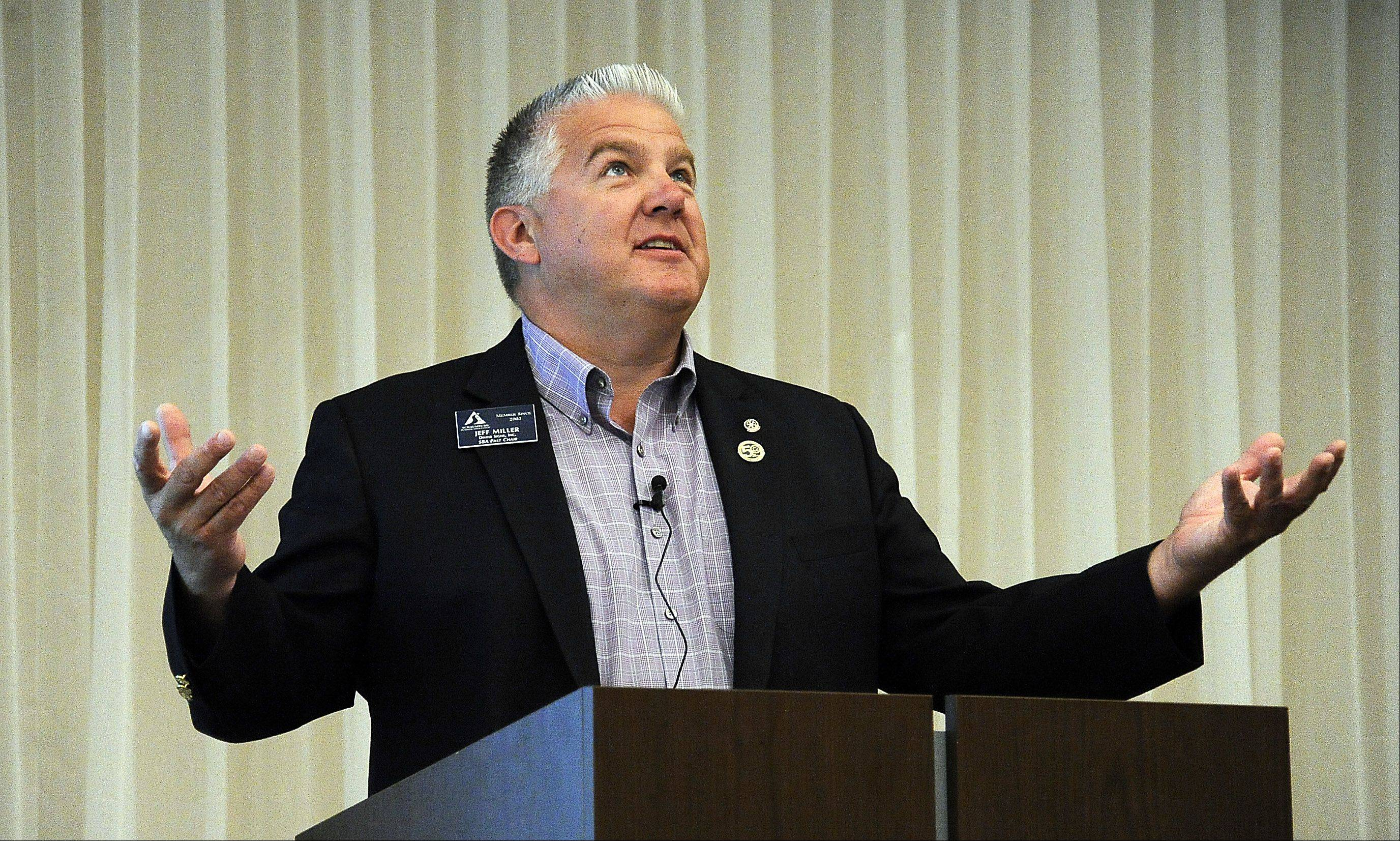 Jeff Miller, owner of Divine Signs in Schaumburg and survivor of the crash of United Airlines Flight 232 in July 1989, talks about what it was like that day at the Schaumburg Business Association breakfast on Tuesday.