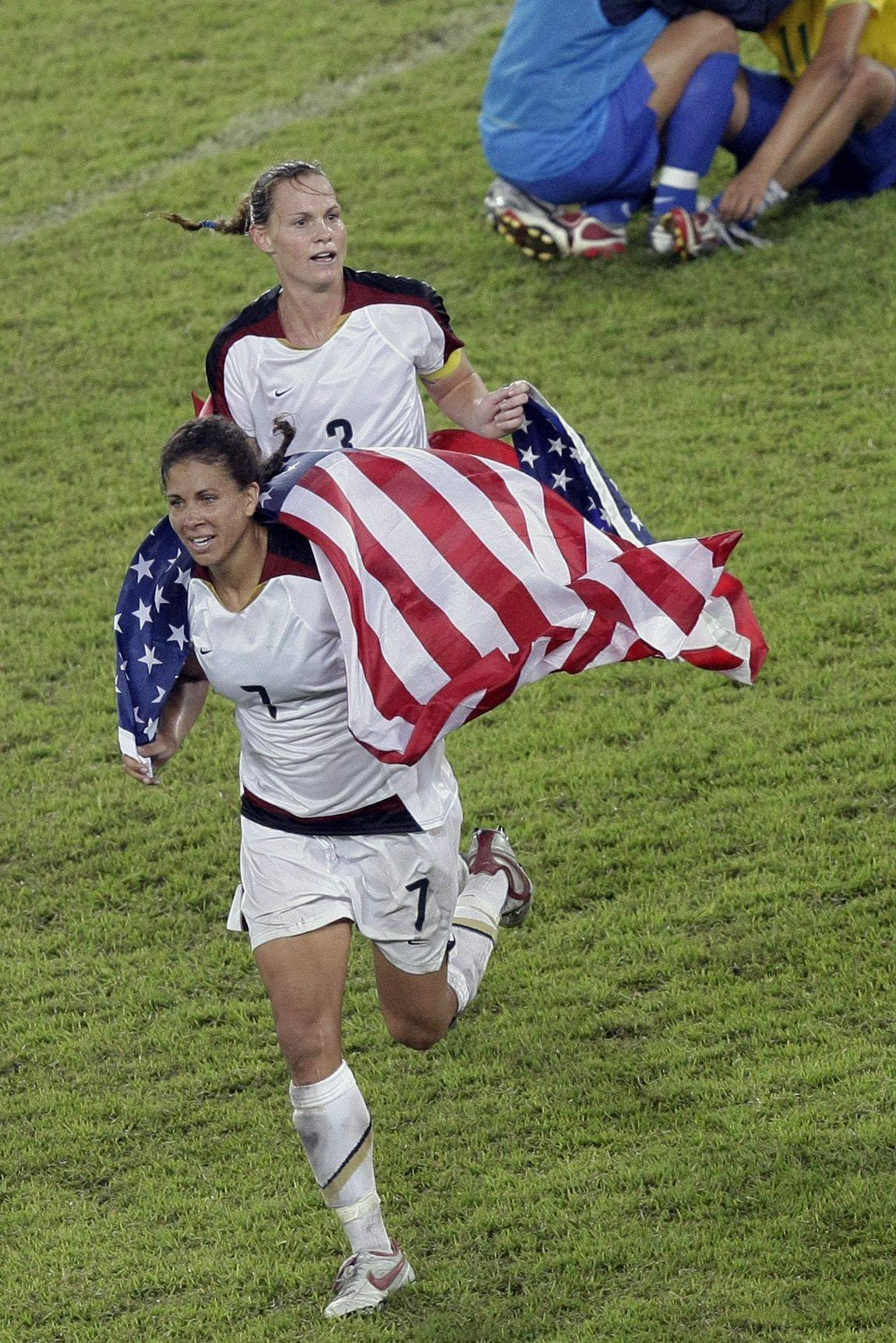 Shannon Boxx, now with the Chicago Red Stars, celebrates after the United States defeated Brazil in the women's soccer gold-medal match at the Beijing Olympics in 2008.