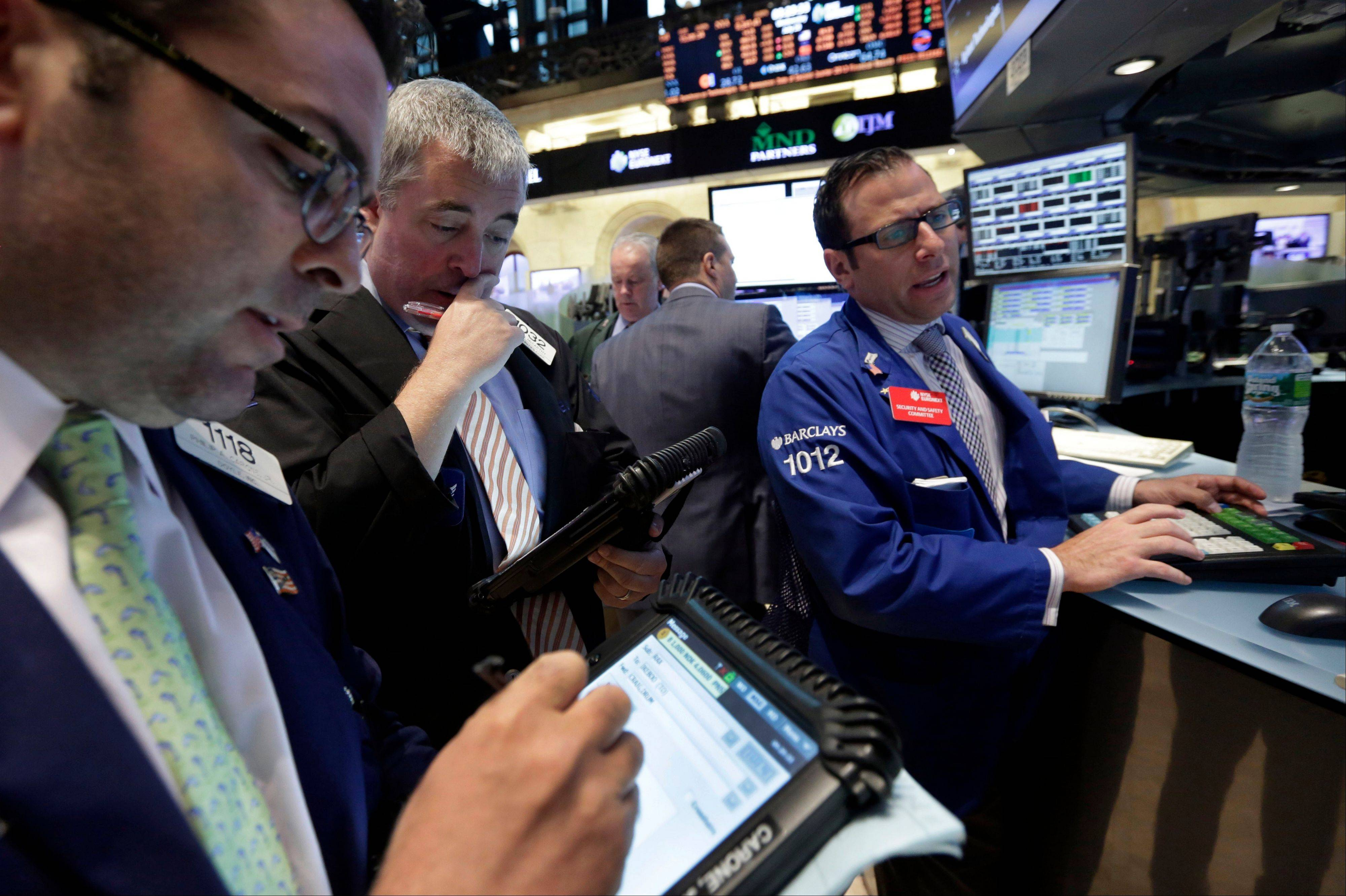 U.S. stocks were little changed as investors analyzed minutes from the Federal Reserve�s last meeting for signs on when the central bank might slow the pace of stimulus efforts.