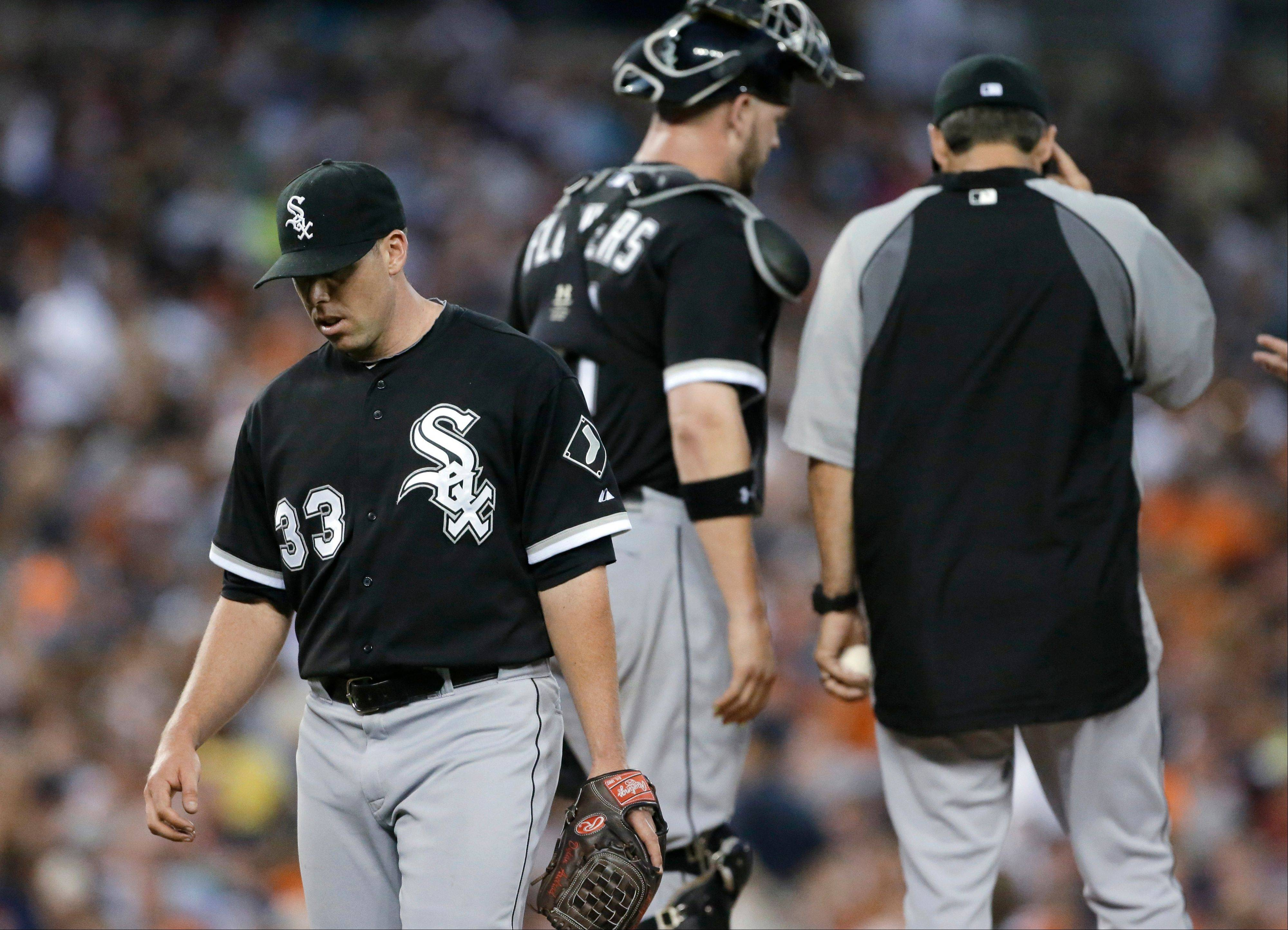 White Sox starting pitcher Dylan Axelrod leaves during Wednesday's sixth inning at Comerica Park in Detroit.