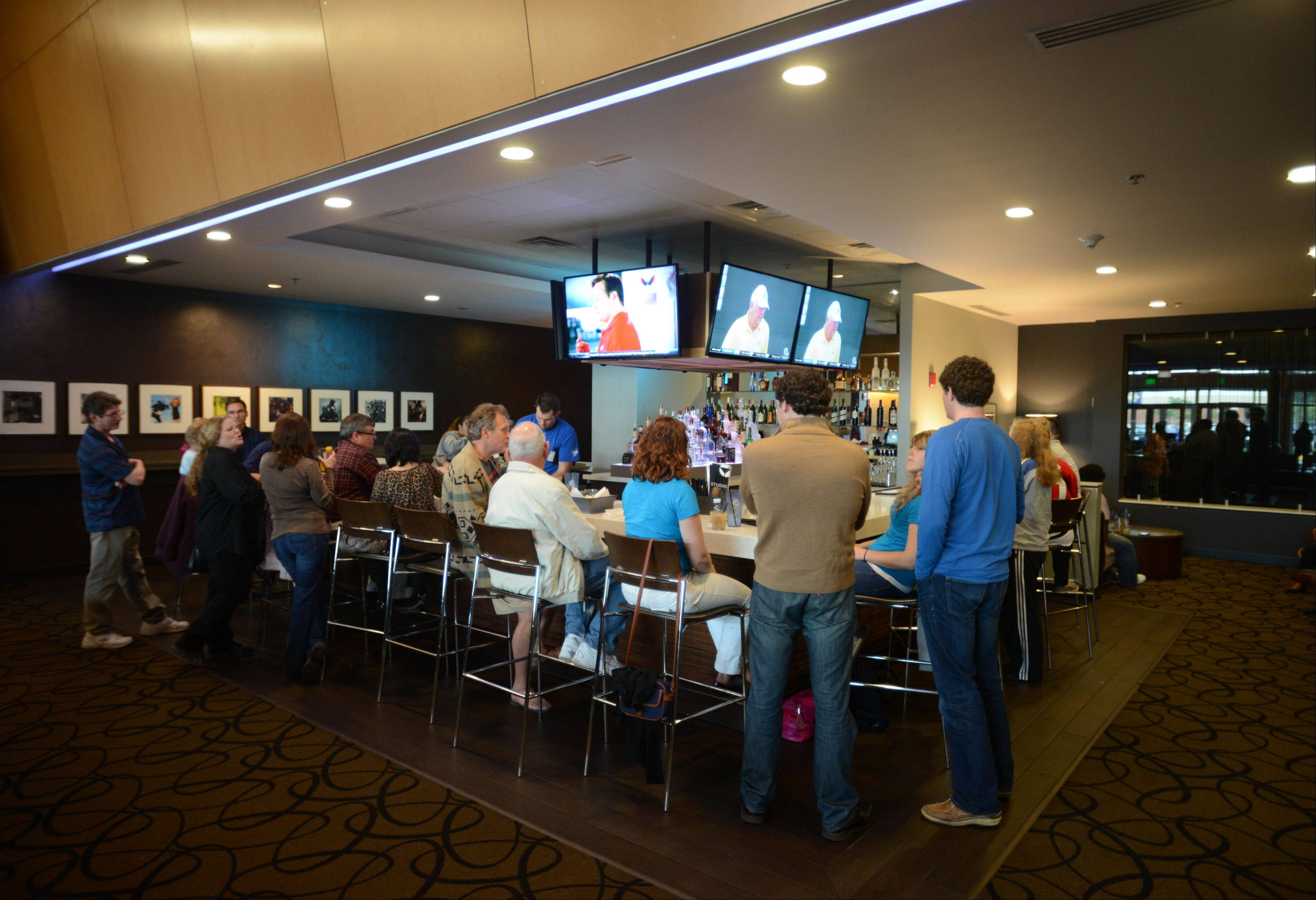 Studio Movie Grill in Wheaton has a full bar.