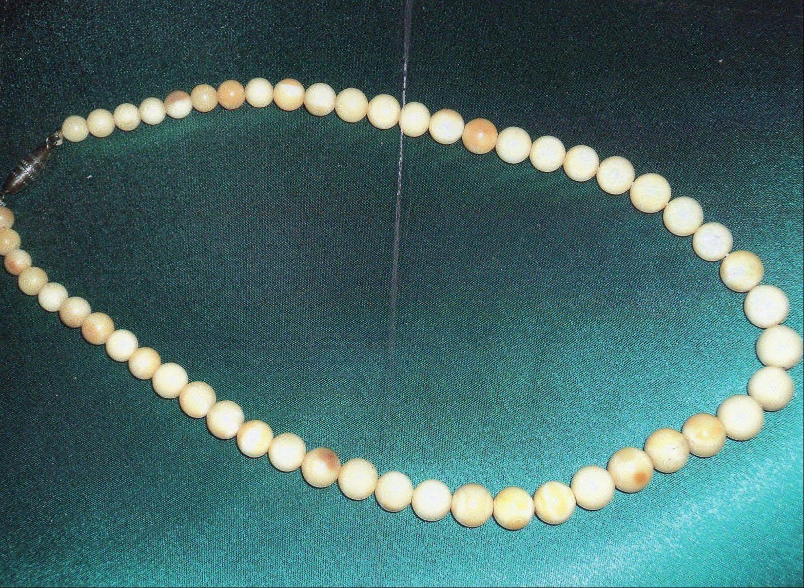 These beads look a bit like pearls, but are they?
