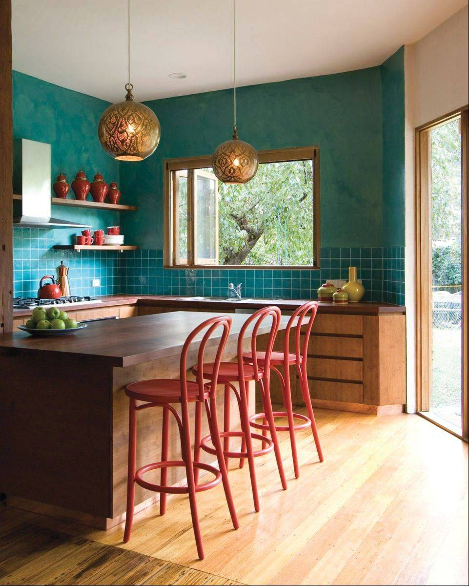 Mostly C: Eclectic StyleYou like to mix it up and it shows in your style, with bold colors and random choices. Make it functional and you're set.