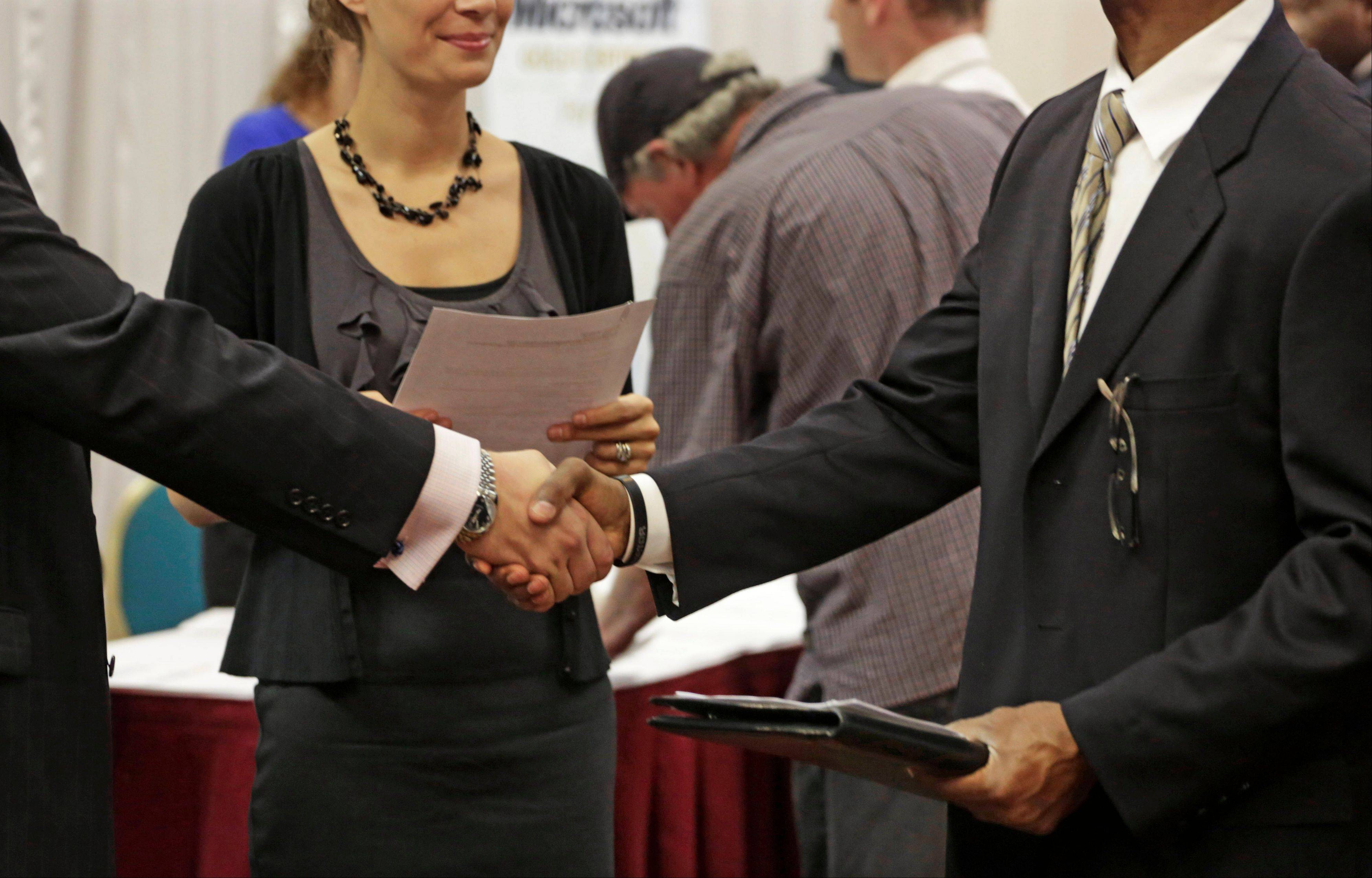 Job seekers did not have a good month in June, as Illionis� unemployment figures inched upward.