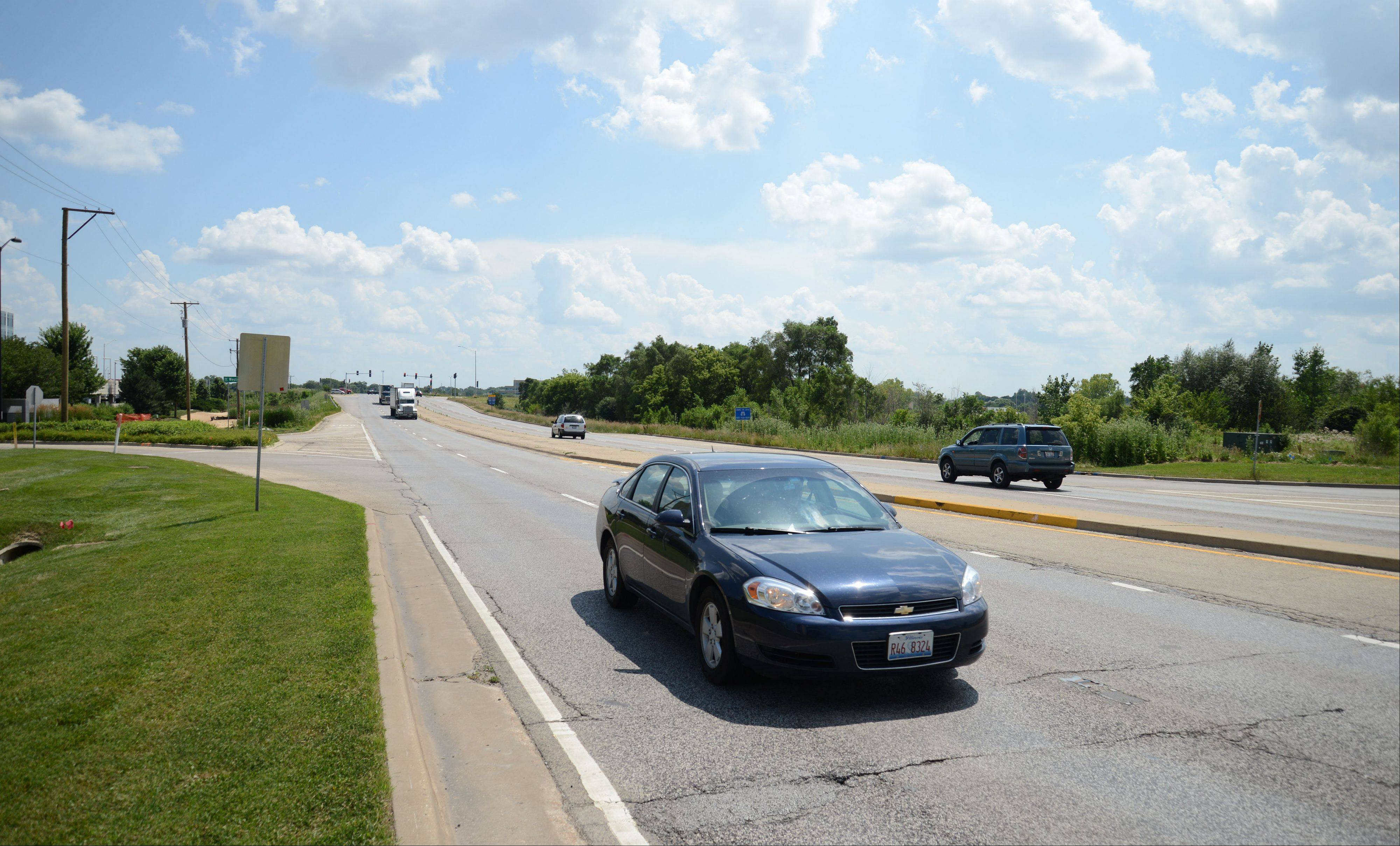 "One of the first ""diverging diamond"" interchanges in the state will be built at Route 59 and I-88 in Naperville as part of a two-year nearly $90 million project to reconstruct a 3.5-mile stretch of the road between Ferry Road on the north and Aurora Avenue/New York Street on the south."