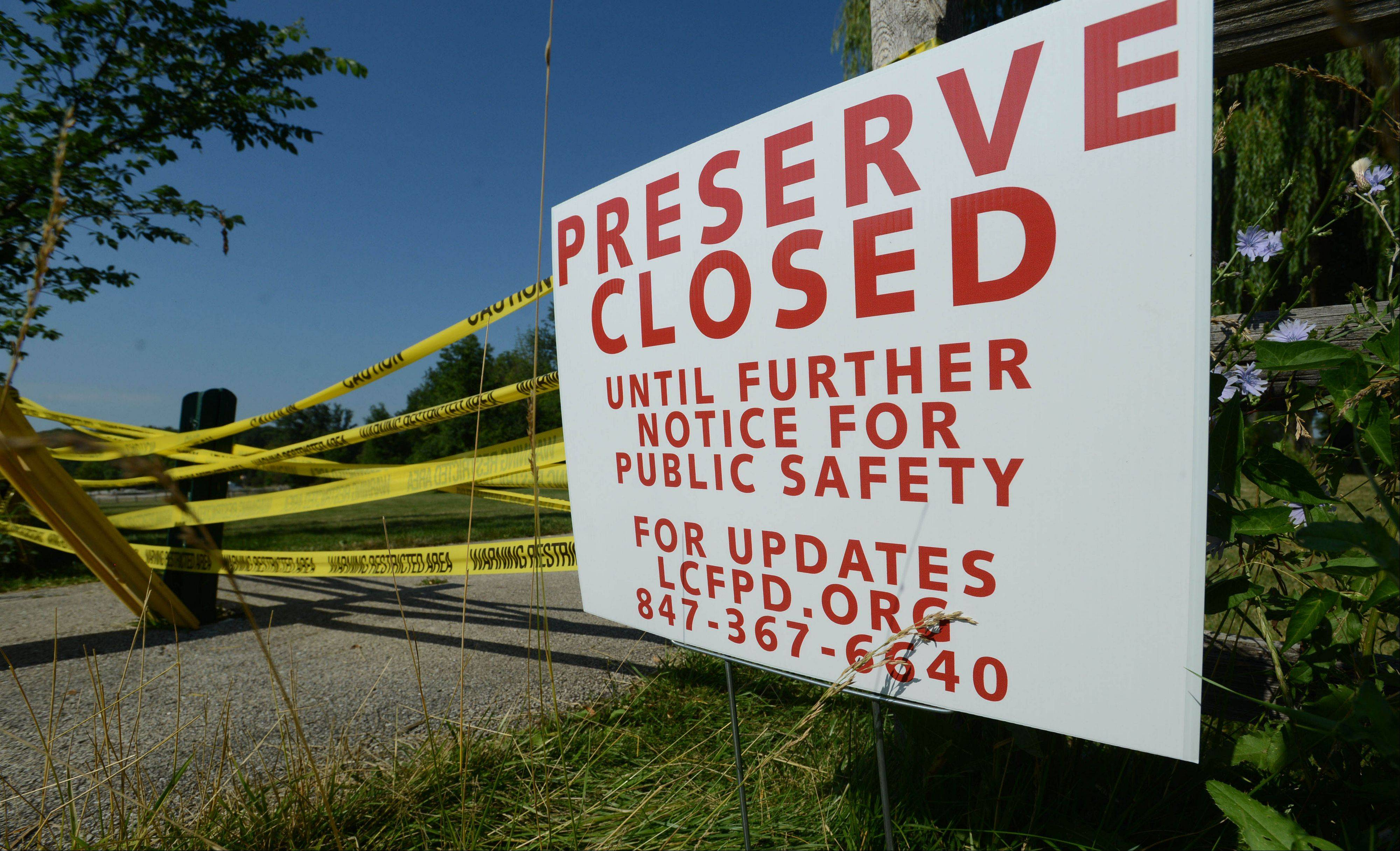 Independence Grove Forest Preserve near Libertyville remained closed yesterday due to a bomb scare Tuesday. Rangers said the park will not reopen until a complete investigation of the threat is completed.