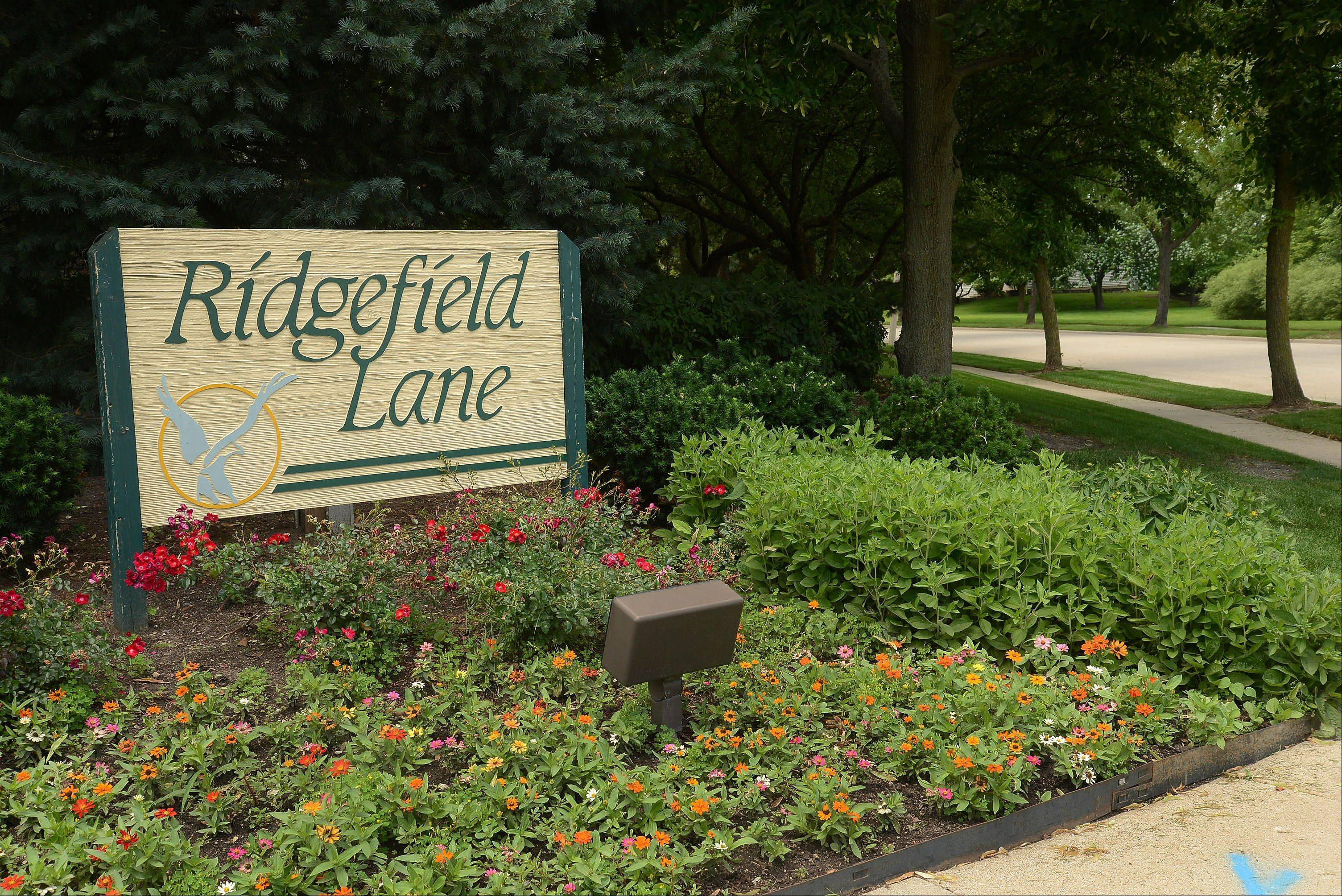 The Ridgefield subdivision features townhouses on Ridgefield Lane built by Kimball Hill Homes.