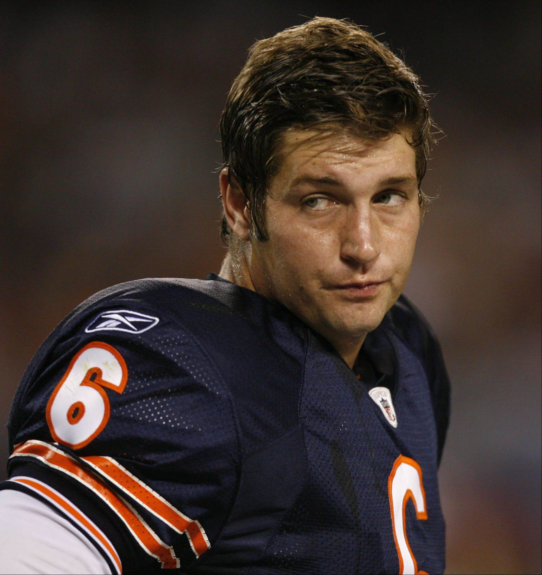 GEORGE LECLAIRE/gleclaire@dailyherald.com ¬ Chicago Bears' Jay Cutler on the sideline after throwing an interception against Arizona Cardinals' on Saturday, August 28th at Soldier Field in Chicago.