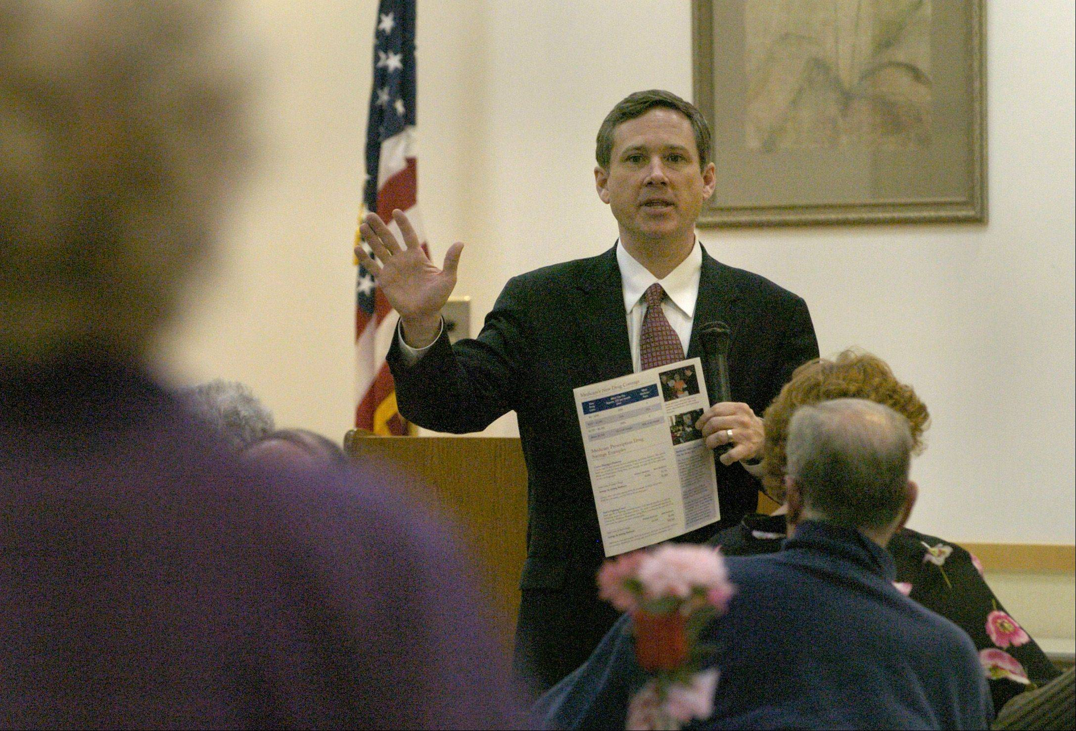 Then-Congressman Mark Kirk explains Medicare Part D to seniors at the Arlington Heights Senior Center.