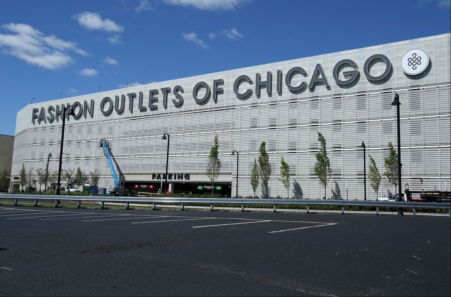 cca909bf421 New Fashion Outlet Mall in Rosemont